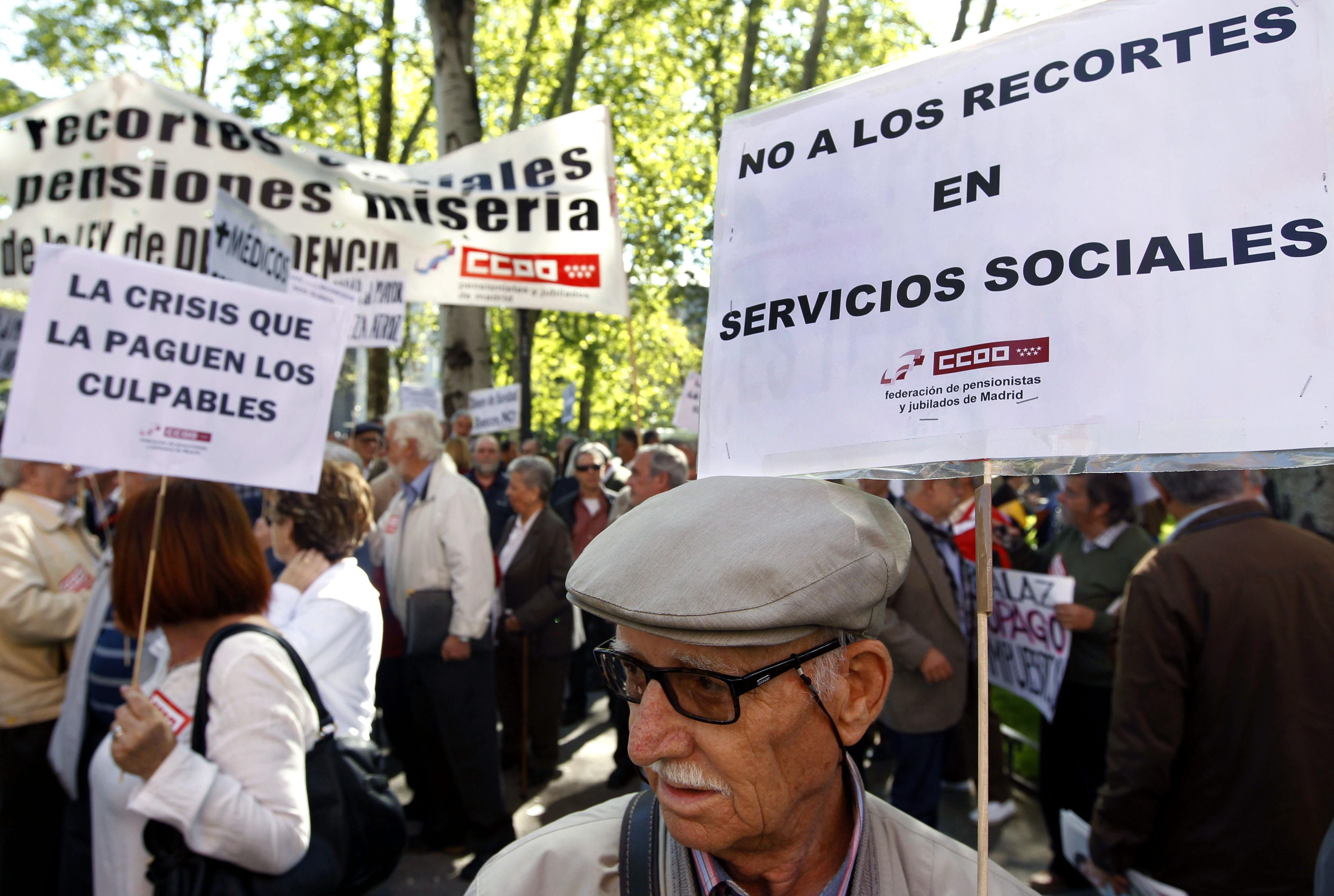 El Ejecutivo debe asegurar la viabilidad de las pensiones con una reforma definitiva