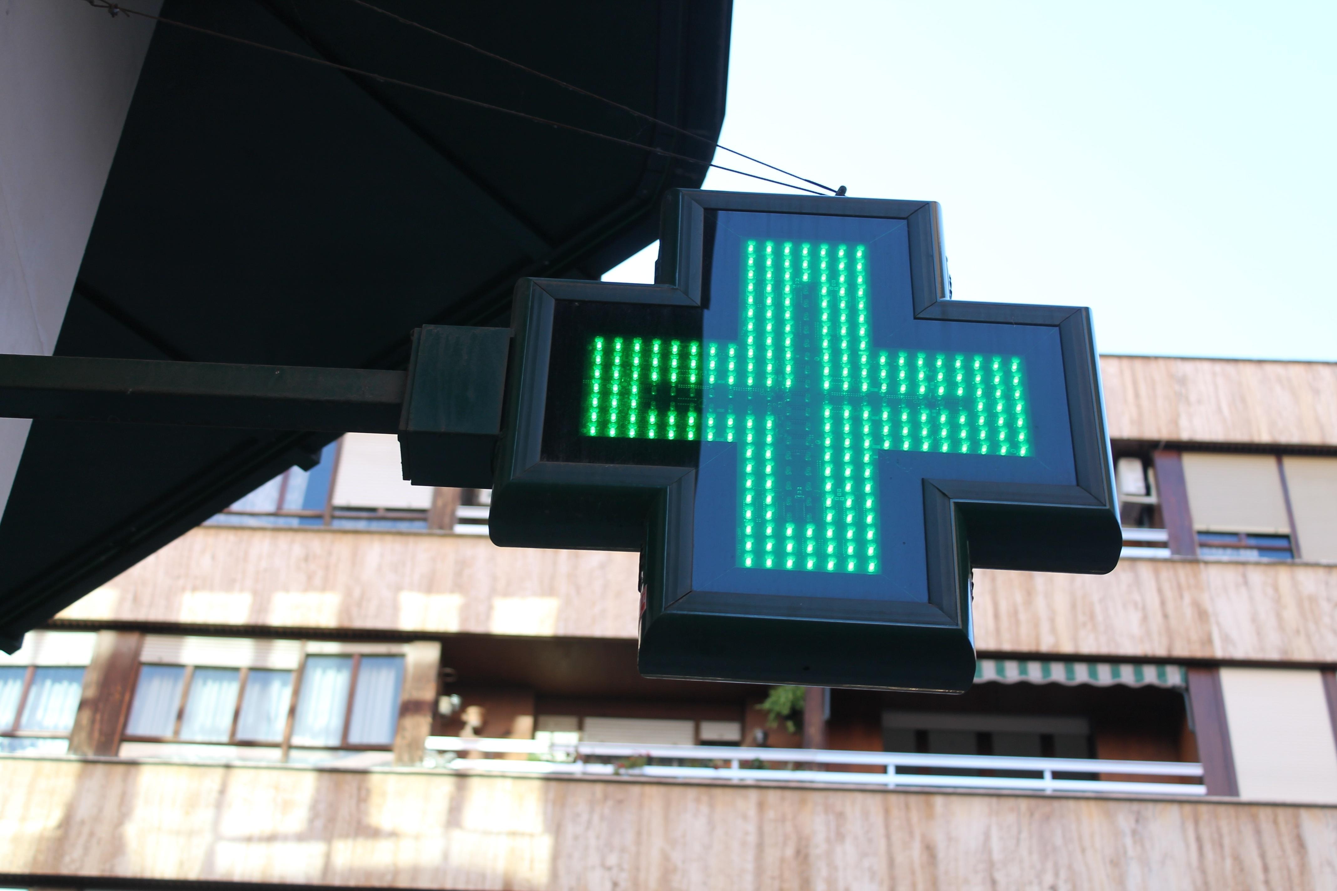La Generalitat abona 56 millones a las farmacias de la Comunidad Valenciana