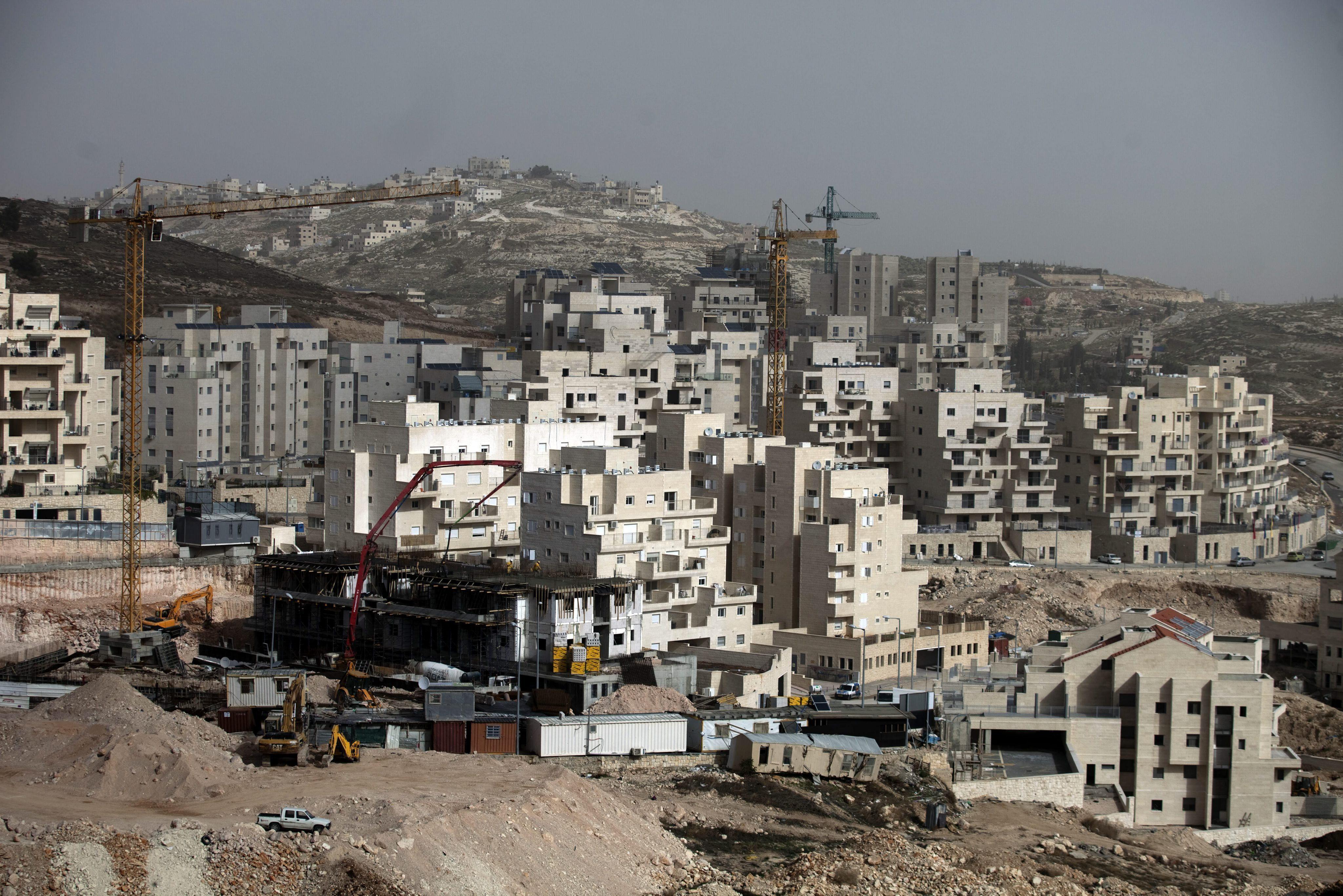 Jerusalén estudiará hoy construir un millar de casas en una colonia del este