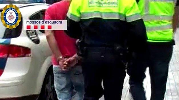 Tres detenidos por matar a un joven en Barcelona tirándolo por un patio interior