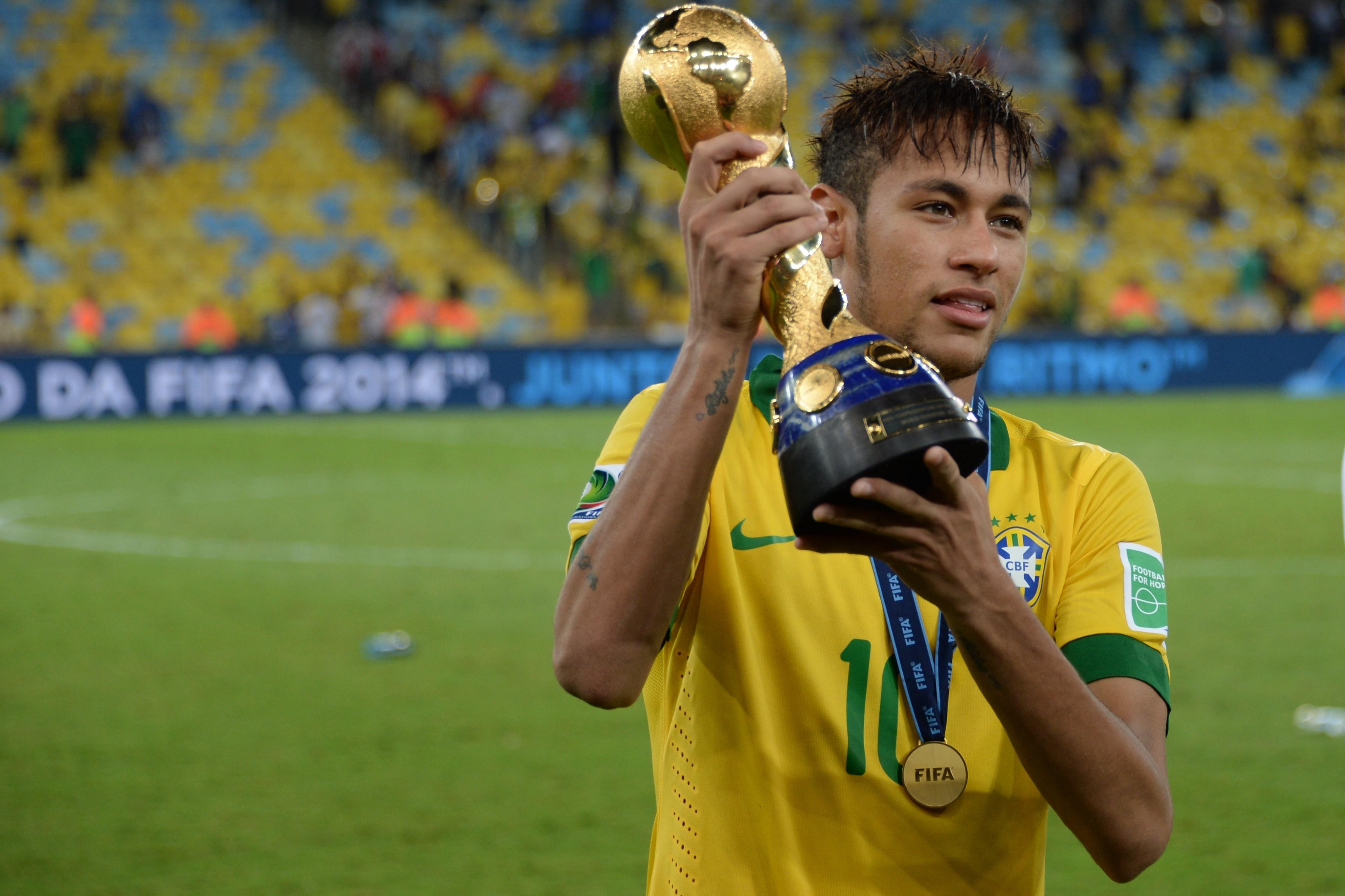 Neymar y Jordi Alba serán operados este viernes de sus problemas de garganta