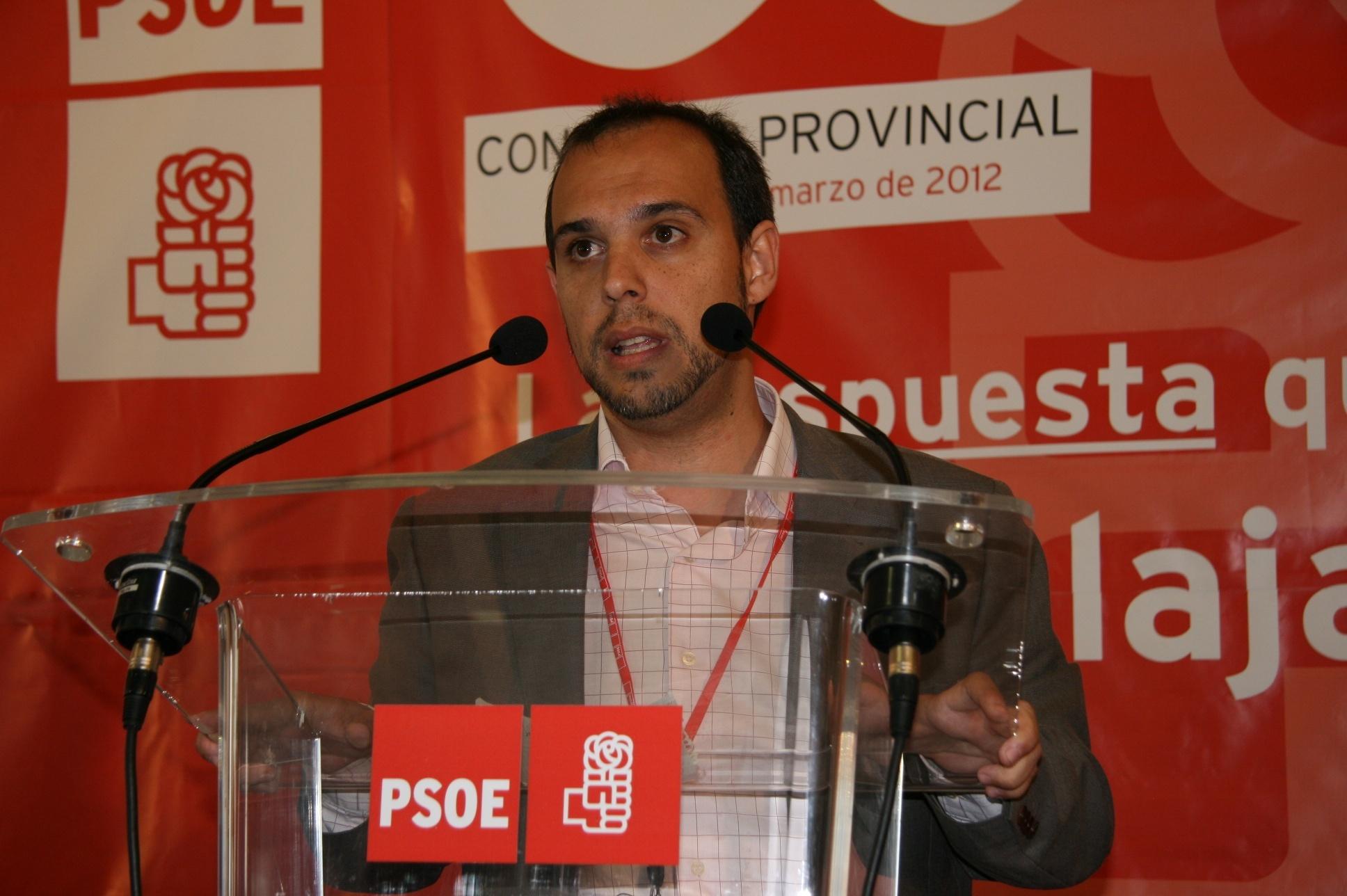 PSOE critica la «celebración» del PP este domingo, donde «no se habló de la tragedia del desempleo, que creció un 35%»