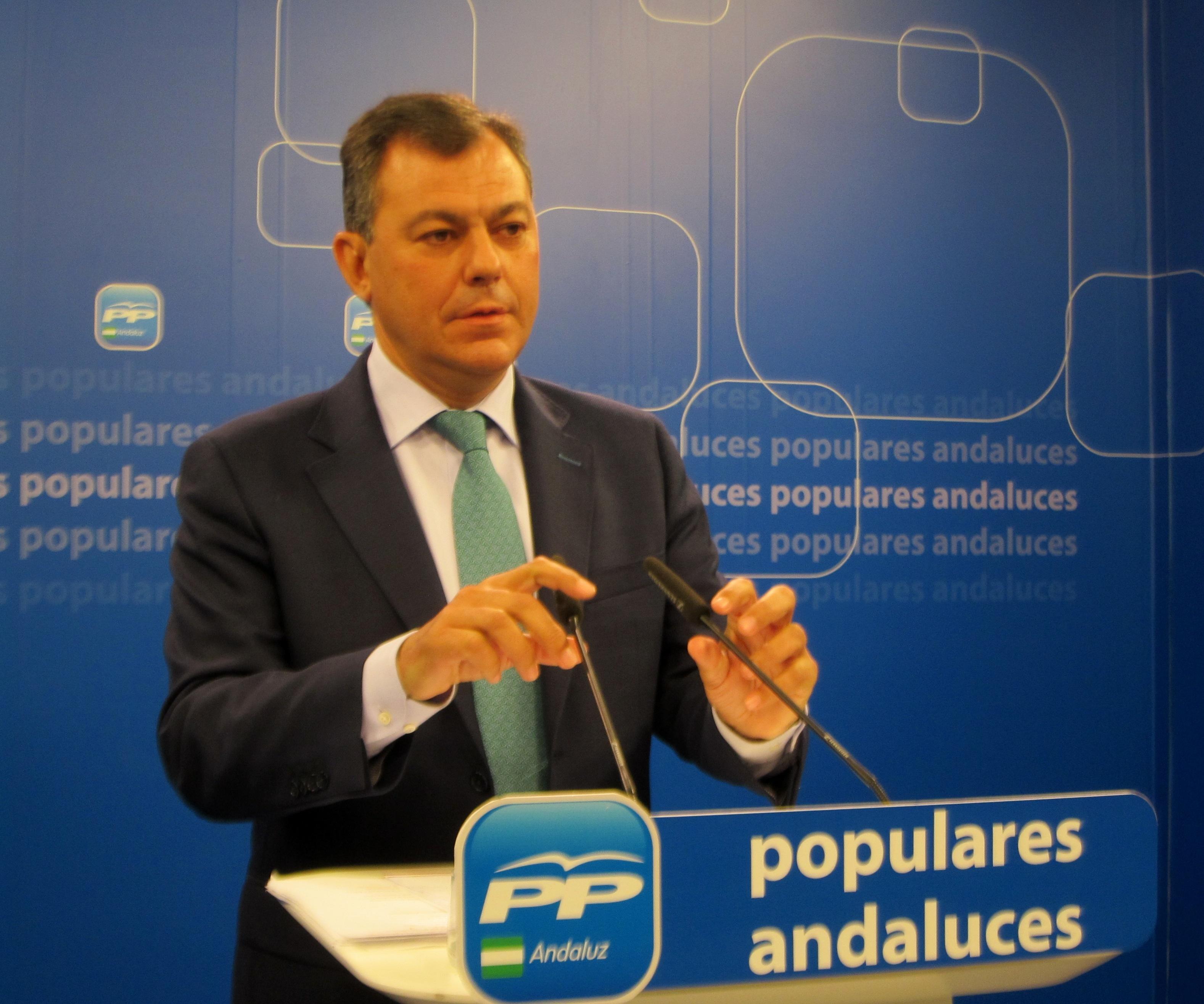 Sanz (PP-A) no descarta «un tapado» como candidato a la Junta aunque insiste en que «no hay prisas» para elegirlo