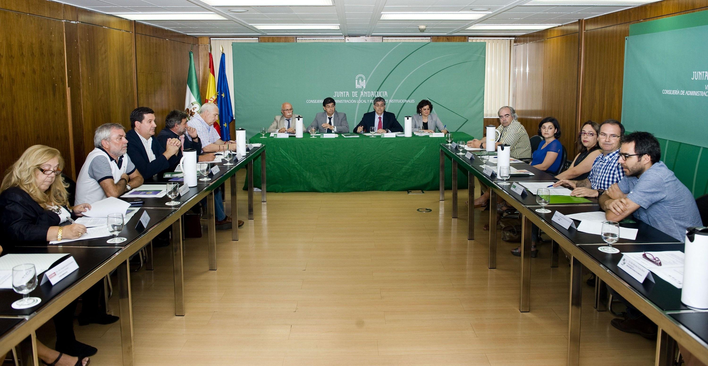 Valderas destaca que Andalucía se situará en la vanguardia de la participación ciudadana con el nuevo texto normativo