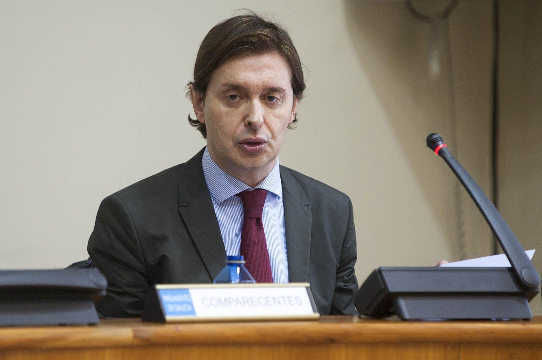 La Xunta no descarta emprender acciones «jurídicas» si Almunia «no reconduce» su propuesta sobre el »tax lease»
