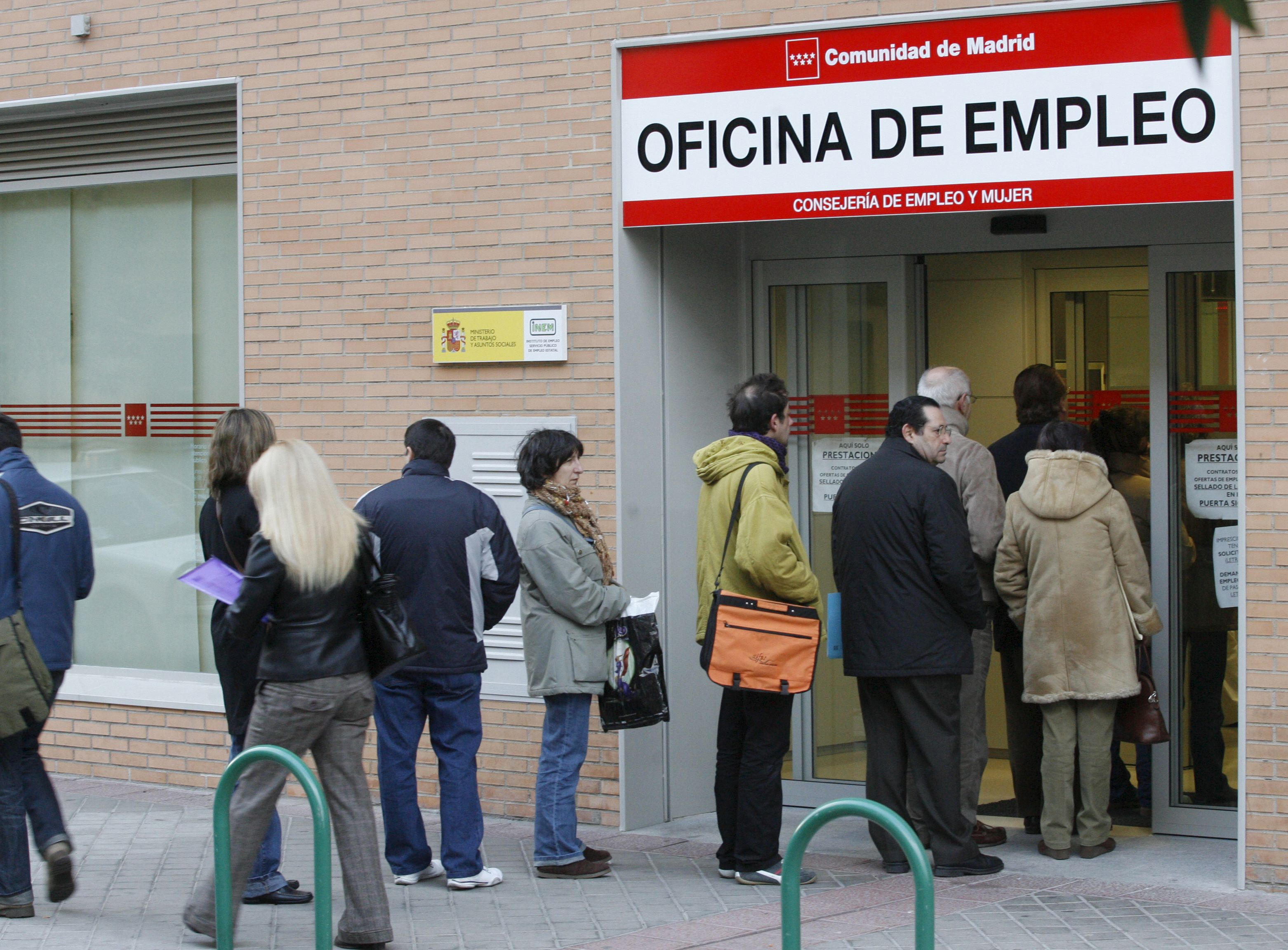 El desempleo volvió a subir en mayo en la zona euro y alcanzó el 12,1 por ciento