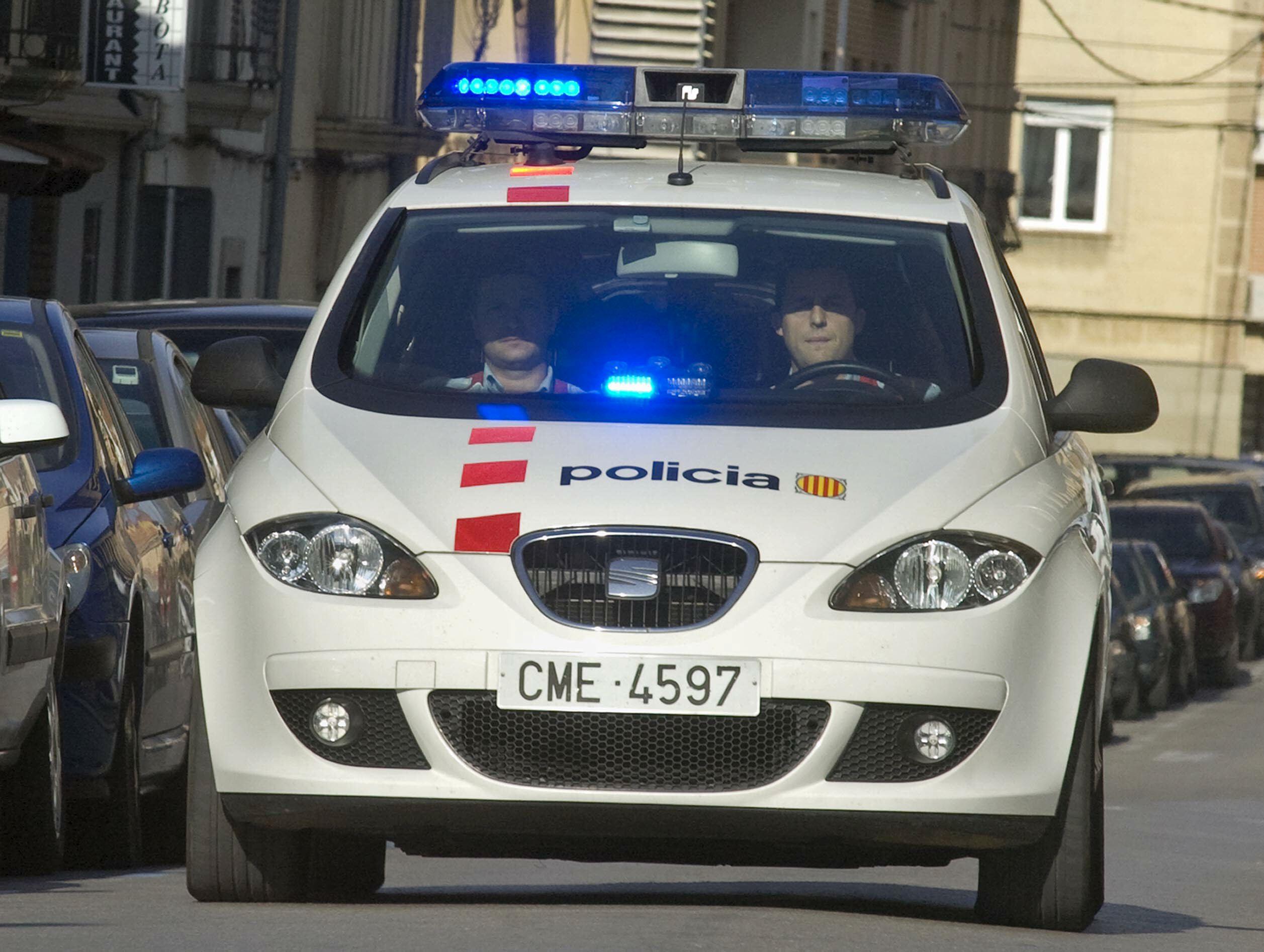 Tres detenidos por matar a un menor al que arrojaron desde un tercer piso
