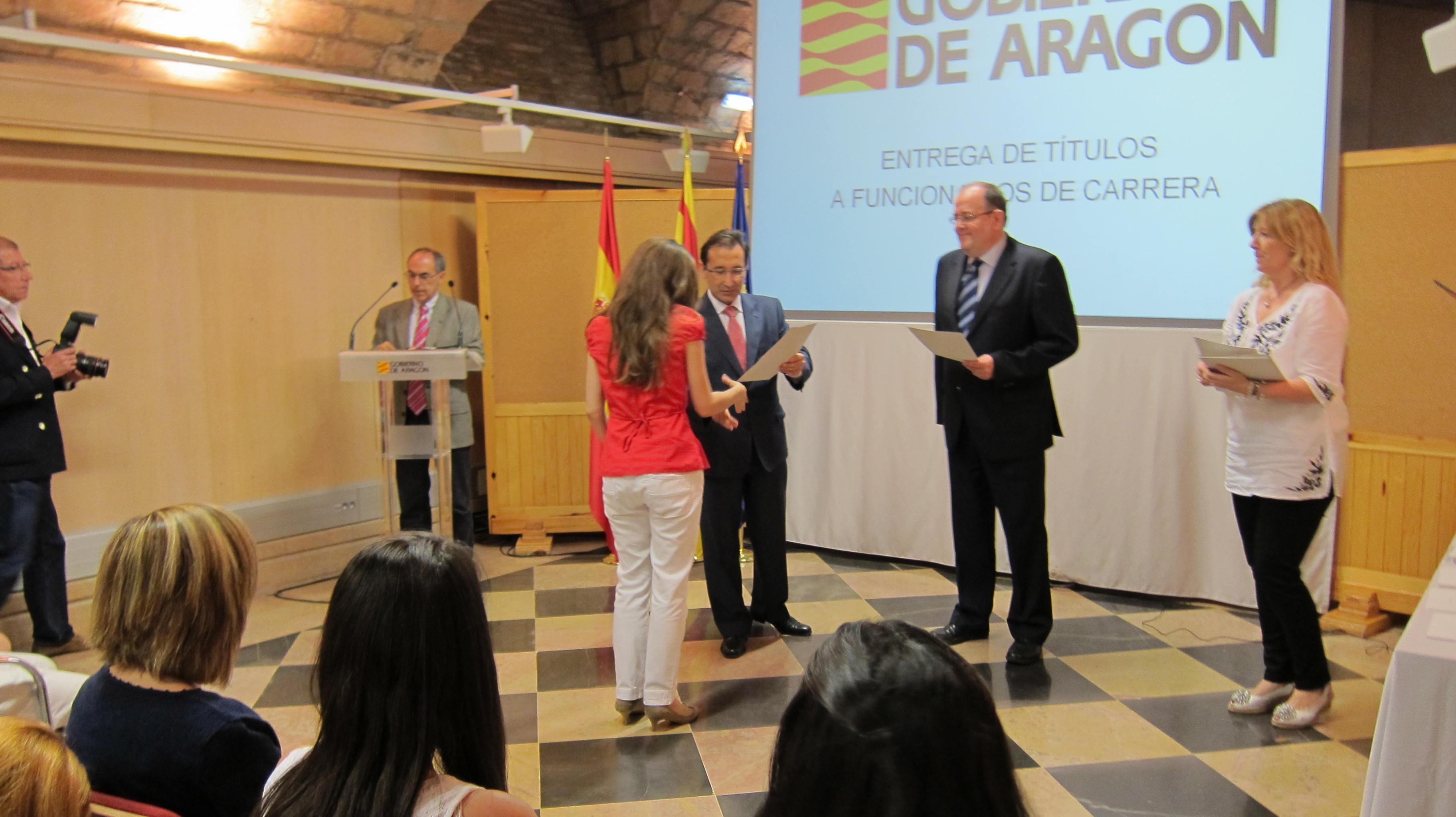 Unos 500 funcionarios se benefician de la primera fase de concursos de traslados en la Administración autonómica