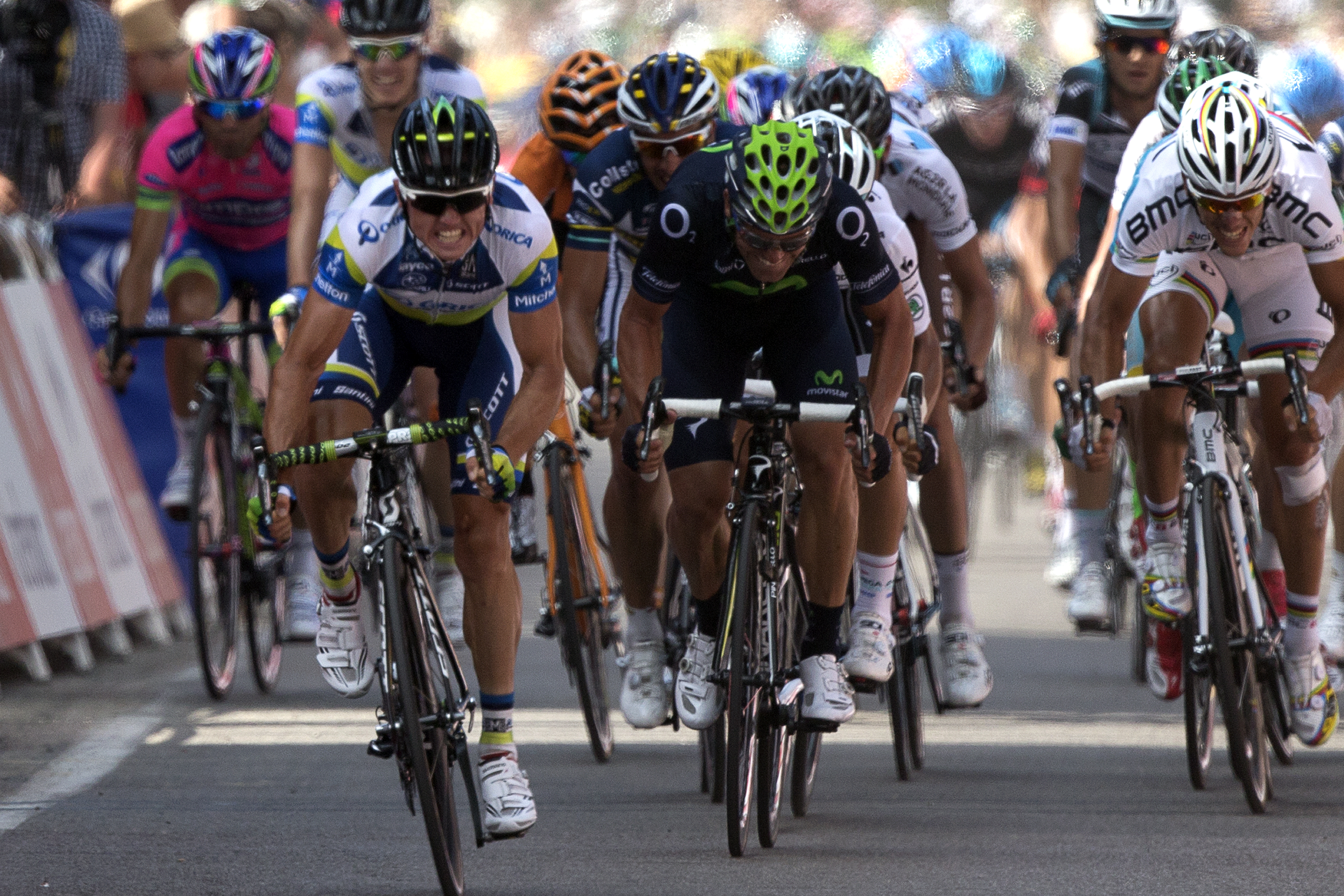 Simons Gerrans soprende a Sagan en el sprint y se lleva la tercera etapa