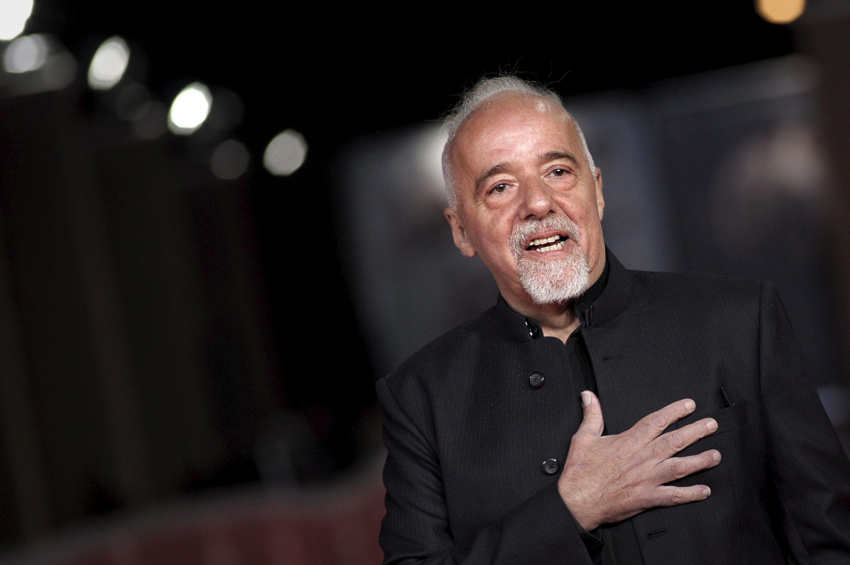 El equipo de la película sobre la vida de Paulo Coelho finaliza el rodaje en Santiago