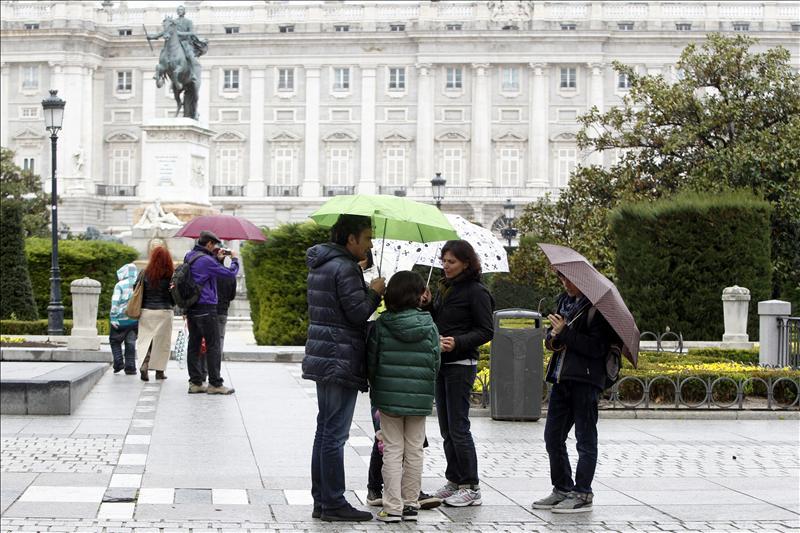 El Palacio Real amplía desde hoy su horario de visitar gratuita