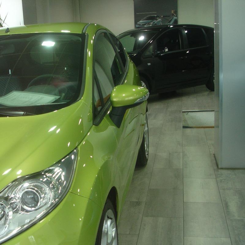 Las ventas de coches en Euskadi bajan un 3,51% en el primer semestre, con un total de 13.327 matriculaciones