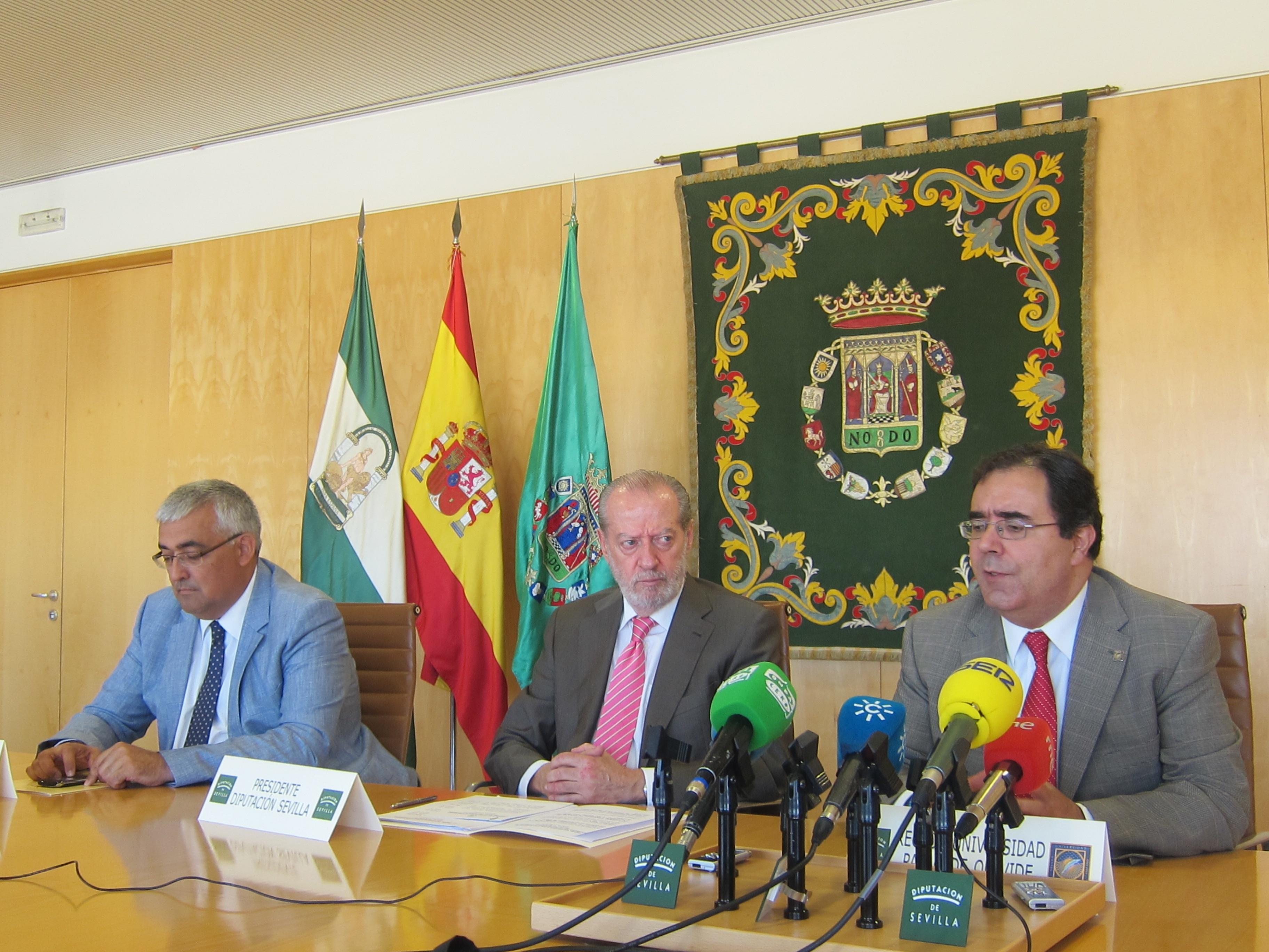 Diputación destina un fondo a la UPO y la US para compensar a afectados por la política de becas del Gobierno