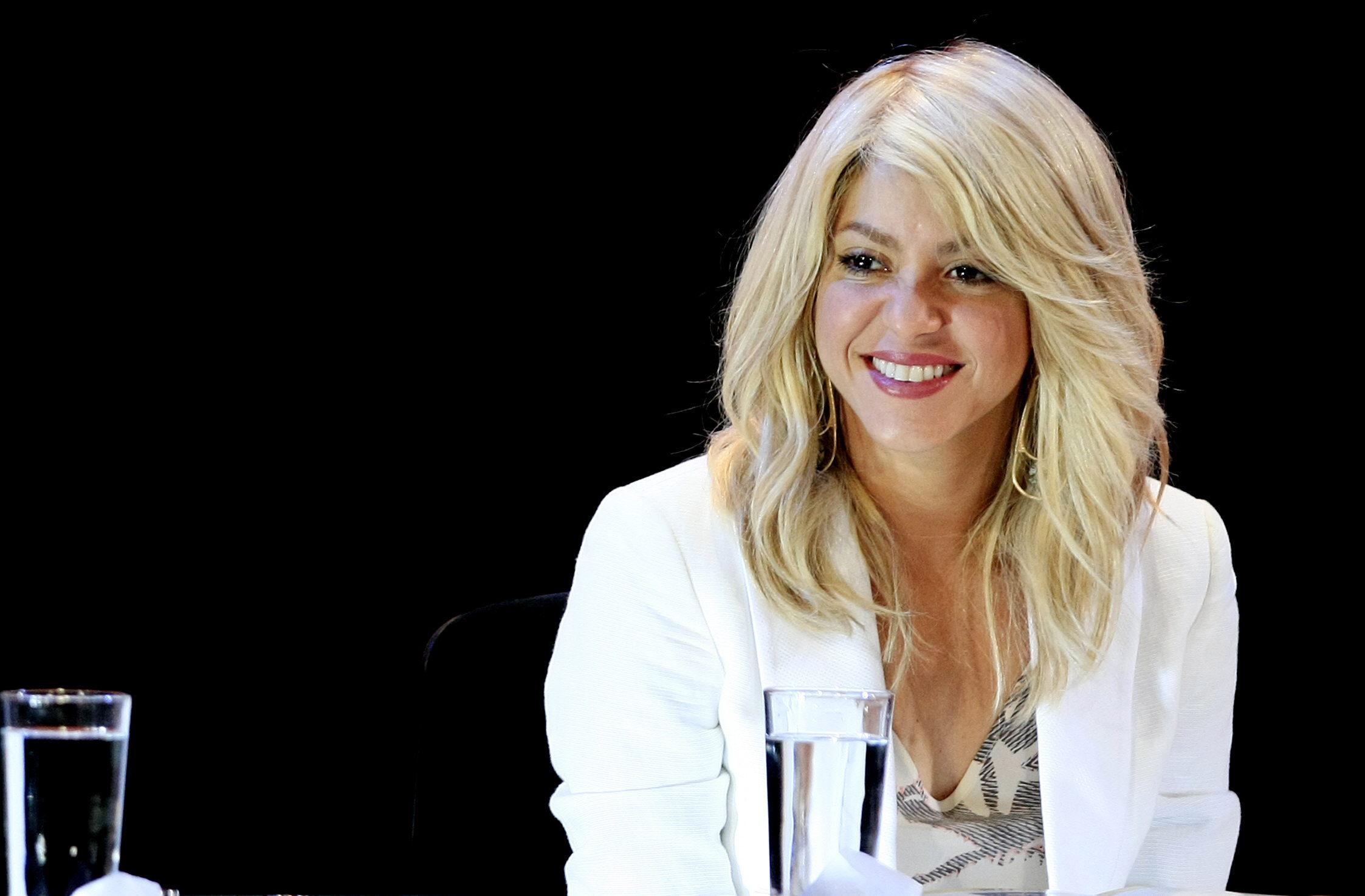 Shakira marca un gol a De La Rúa y no pagará 130 millones de euros