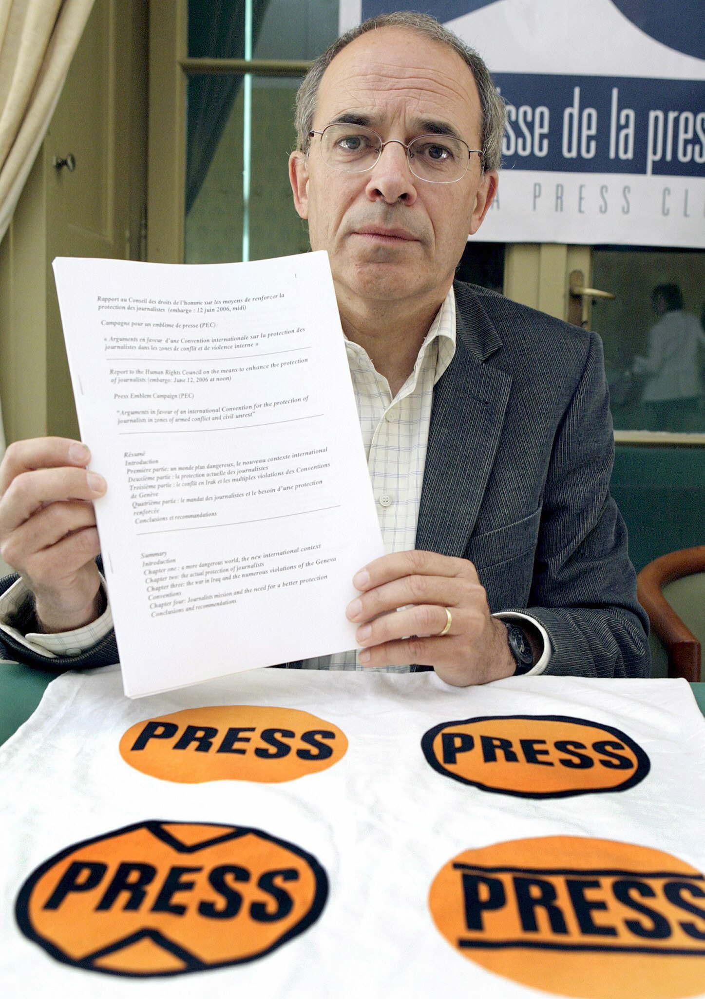 Menos asesinatos de periodistas pero más secuestros en 2013, según la PEC