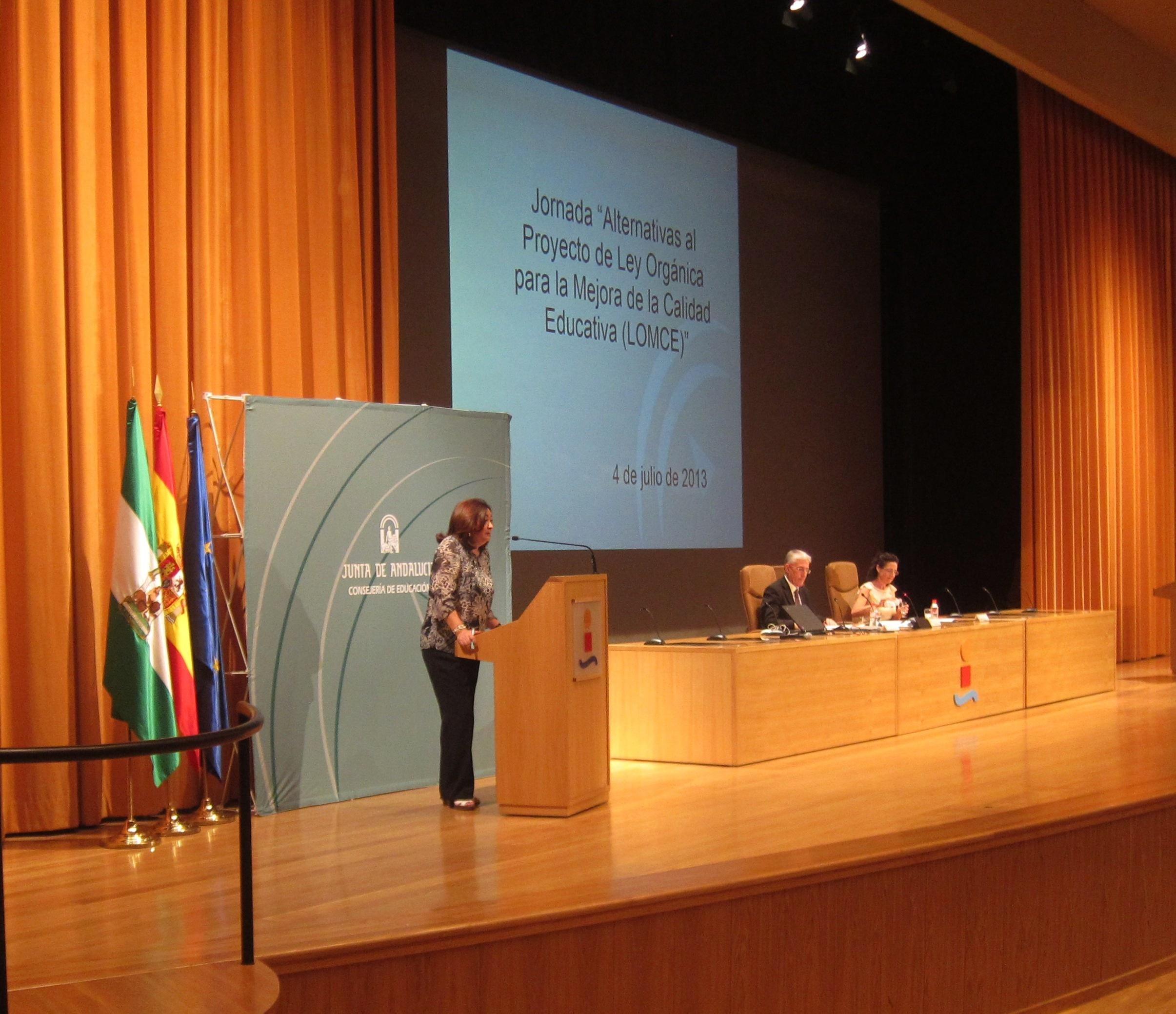 La comunidad educativa asesorará en la alternativa andaluza de la Lomce