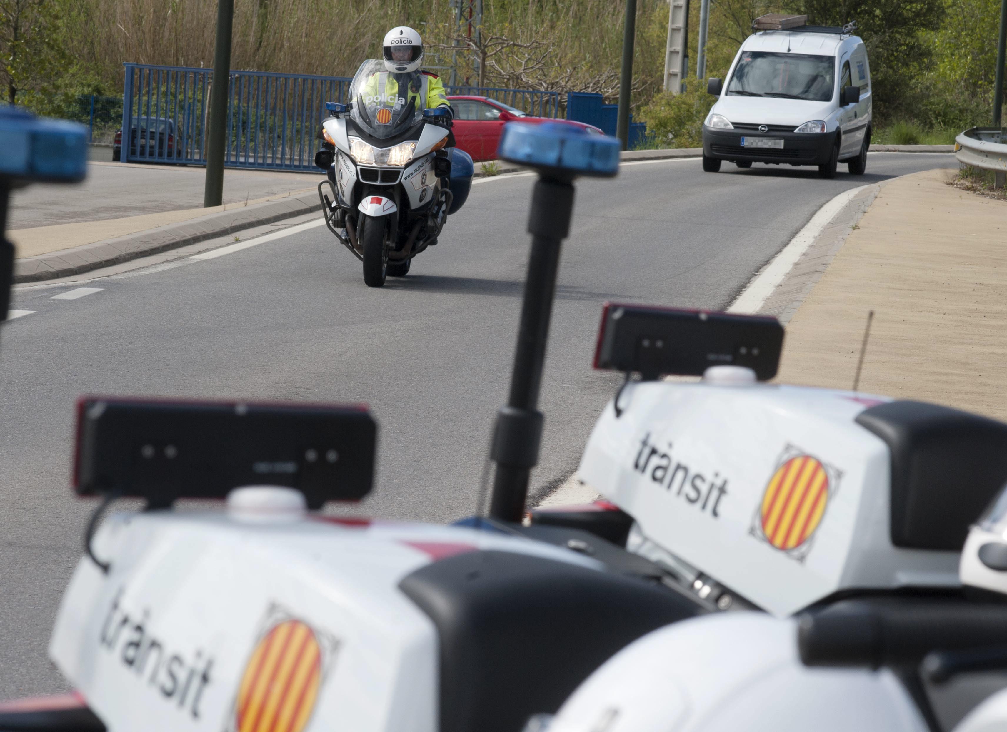 El jefe de Tráfico en Girona deja el cargo tras ser «cazado» a 160 km/h