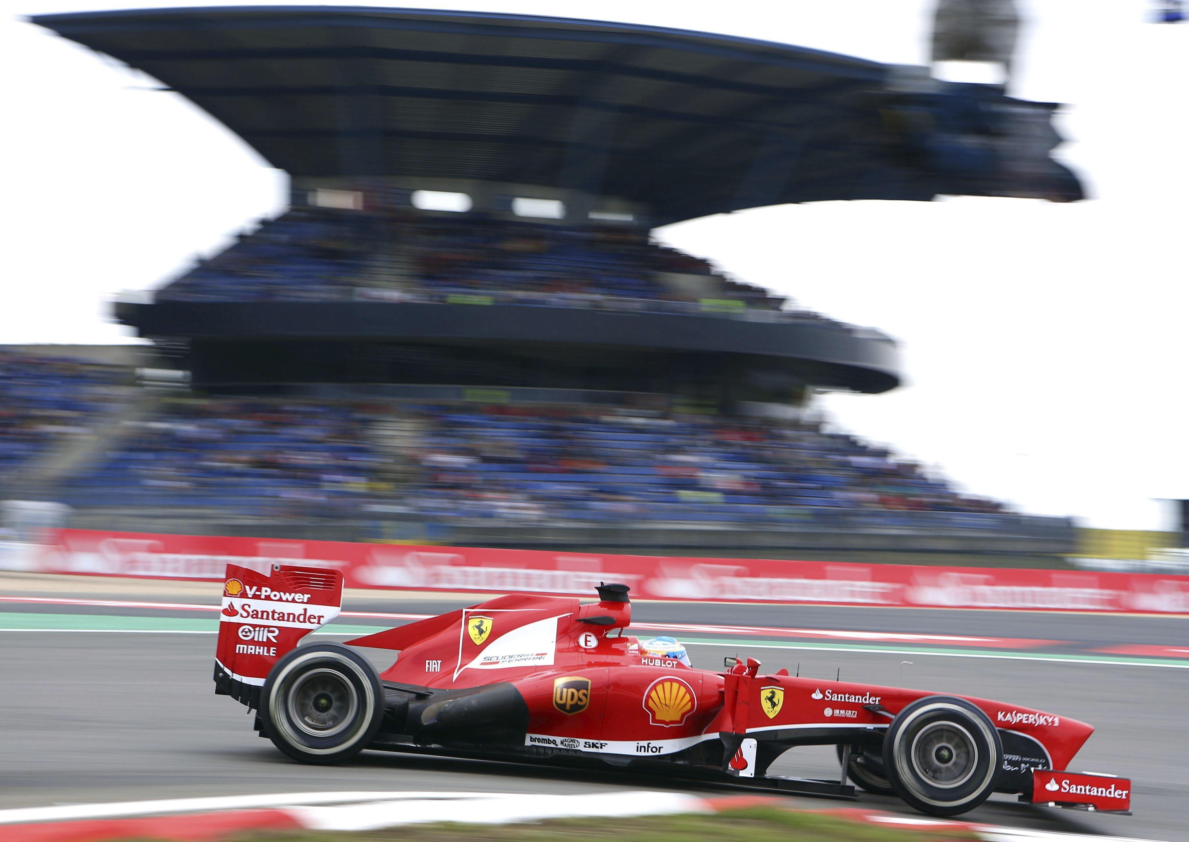 Alonso ve a Ferrari como «el tercer o el cuarto equipo de la parrilla»