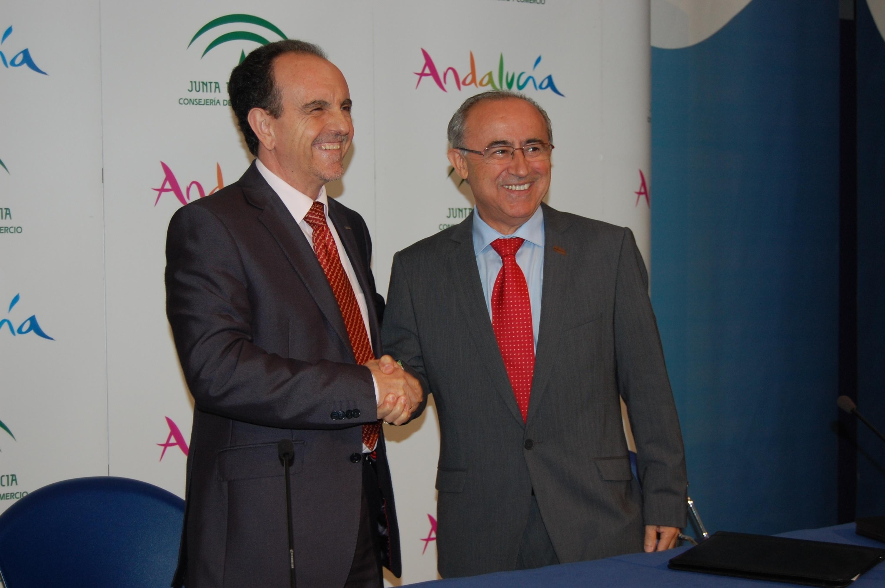 La Junta y directores de hotel colaborarán para mejorar la formación y la innovación hotelera