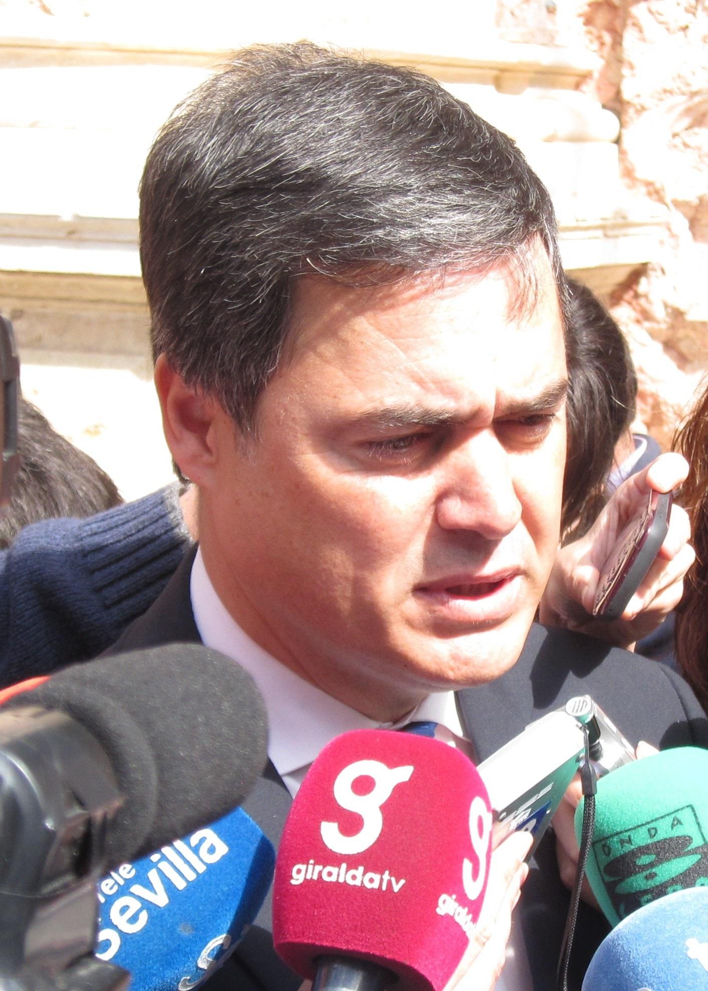 PP andaluz: «La propaganda y demagogia del decreto antidesahucios se le han vuelto a Valderas como un bumerán»
