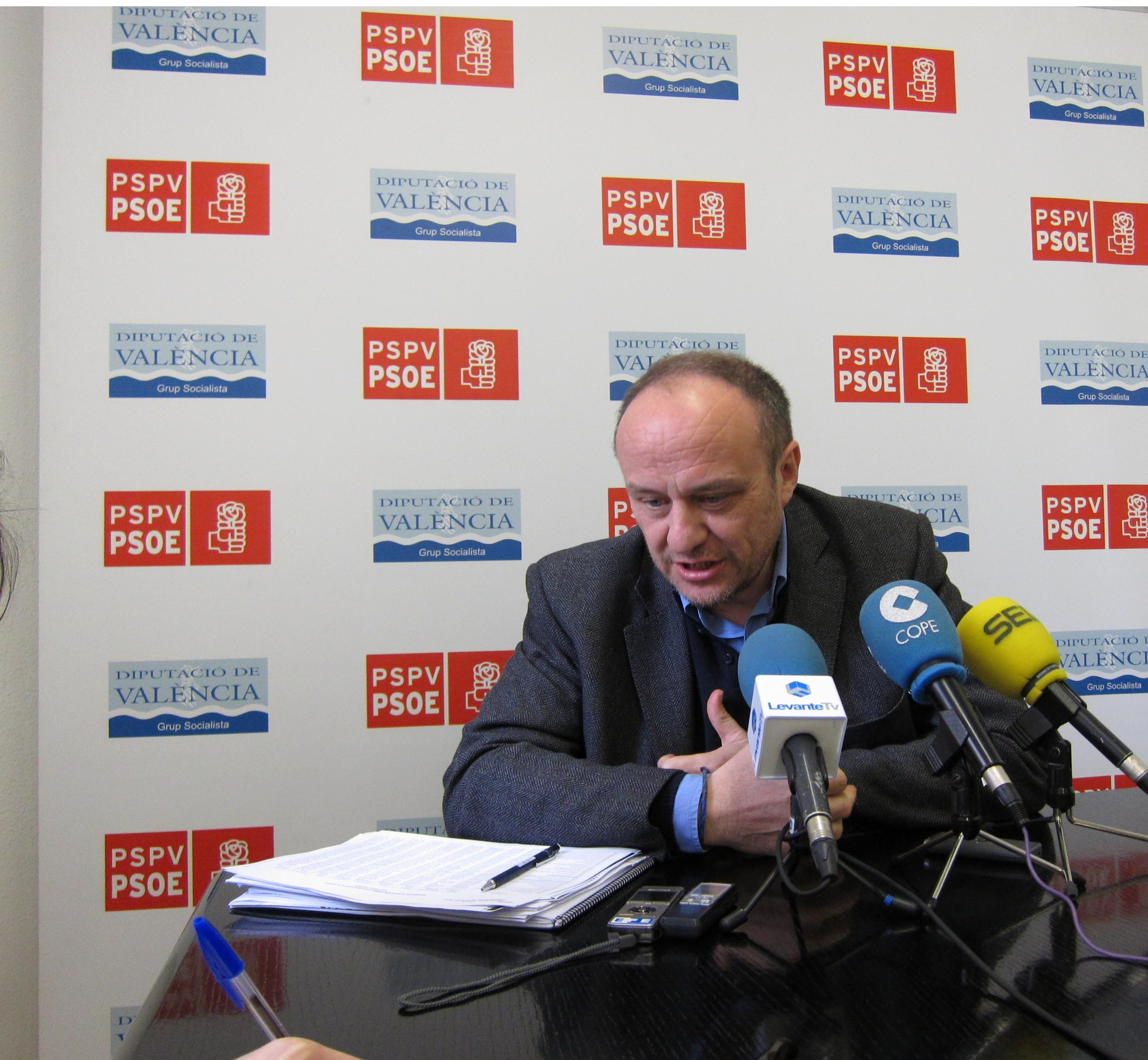El PSPV tilda de «tomadura de pelo a los valencianos y a los empleados públicos» la bajada de sueldos del Consell