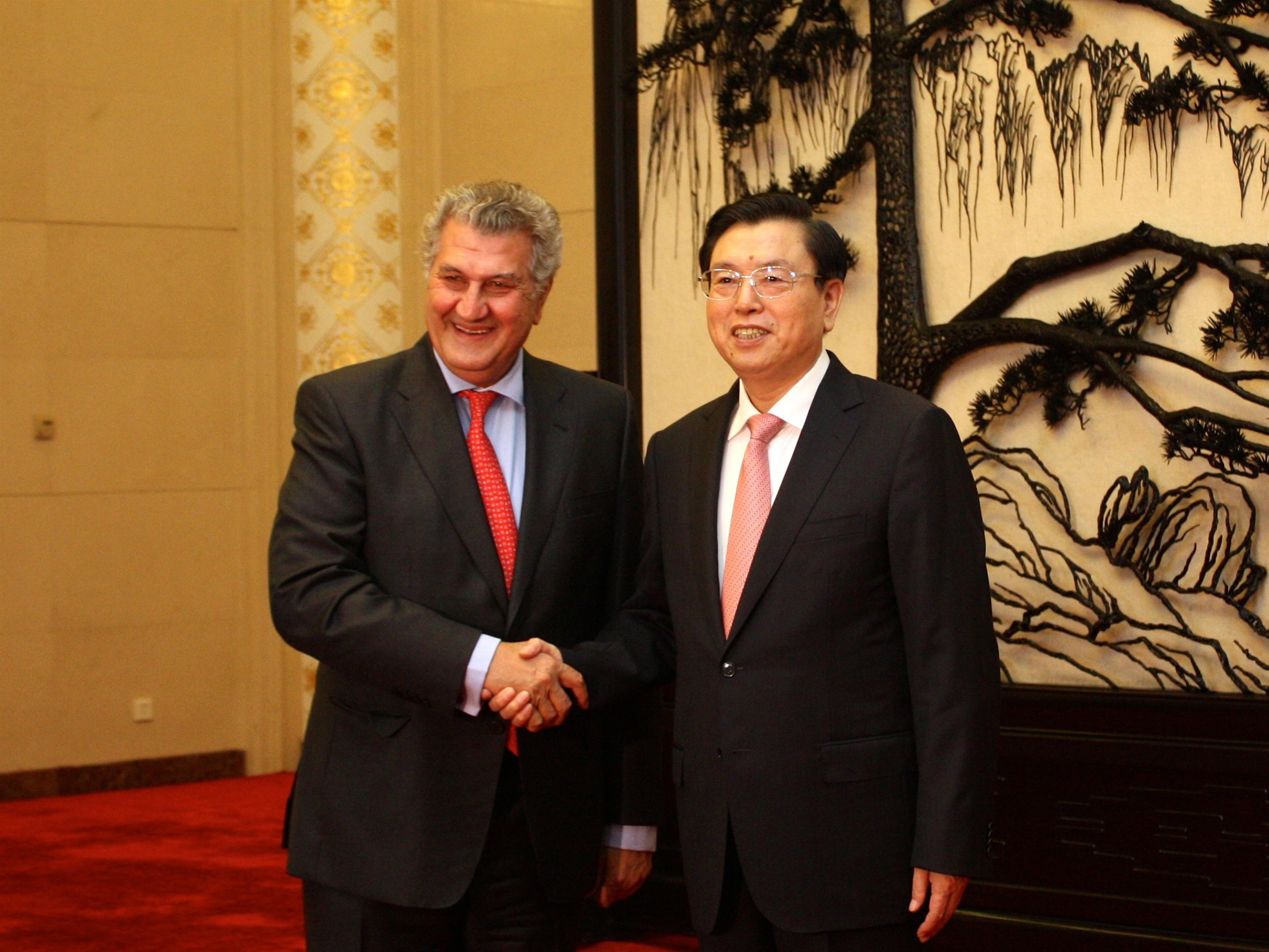 Posada y los portavoces de PP, PSOE e IU se reúnen con el presidente de China y con empresarios españoles en aquel país