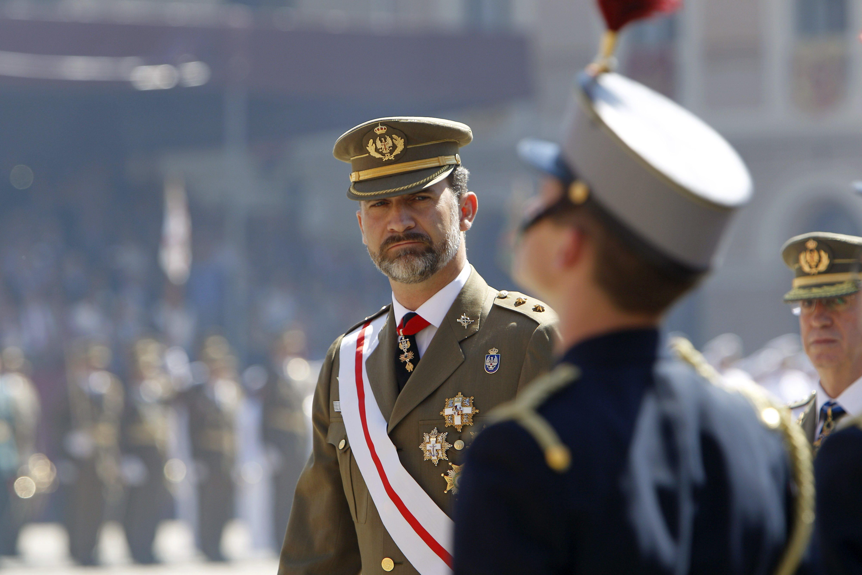 Los Príncipes presiden en Zaragoza la entrega de despachos a nuevos oficiales