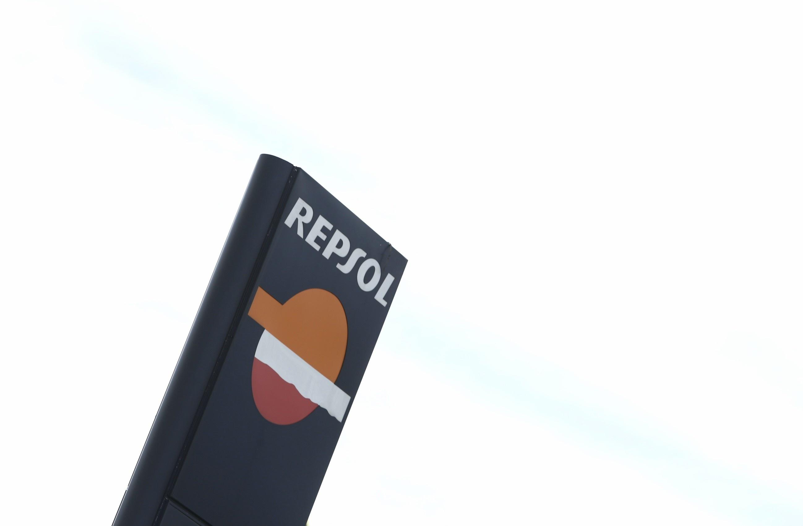 Repsol dice que el »efecto lunes» «es real», pero que responde al repunte del consumo