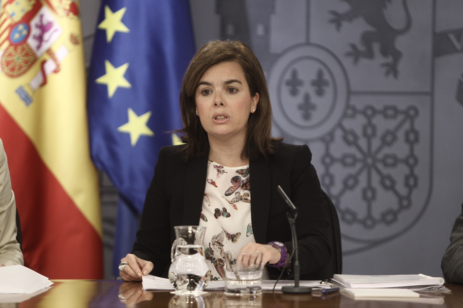 Santamaría elude vincular la reforma fiscal con las críticas de Aznar y la liga a que el déficit permite hacerlo ahora