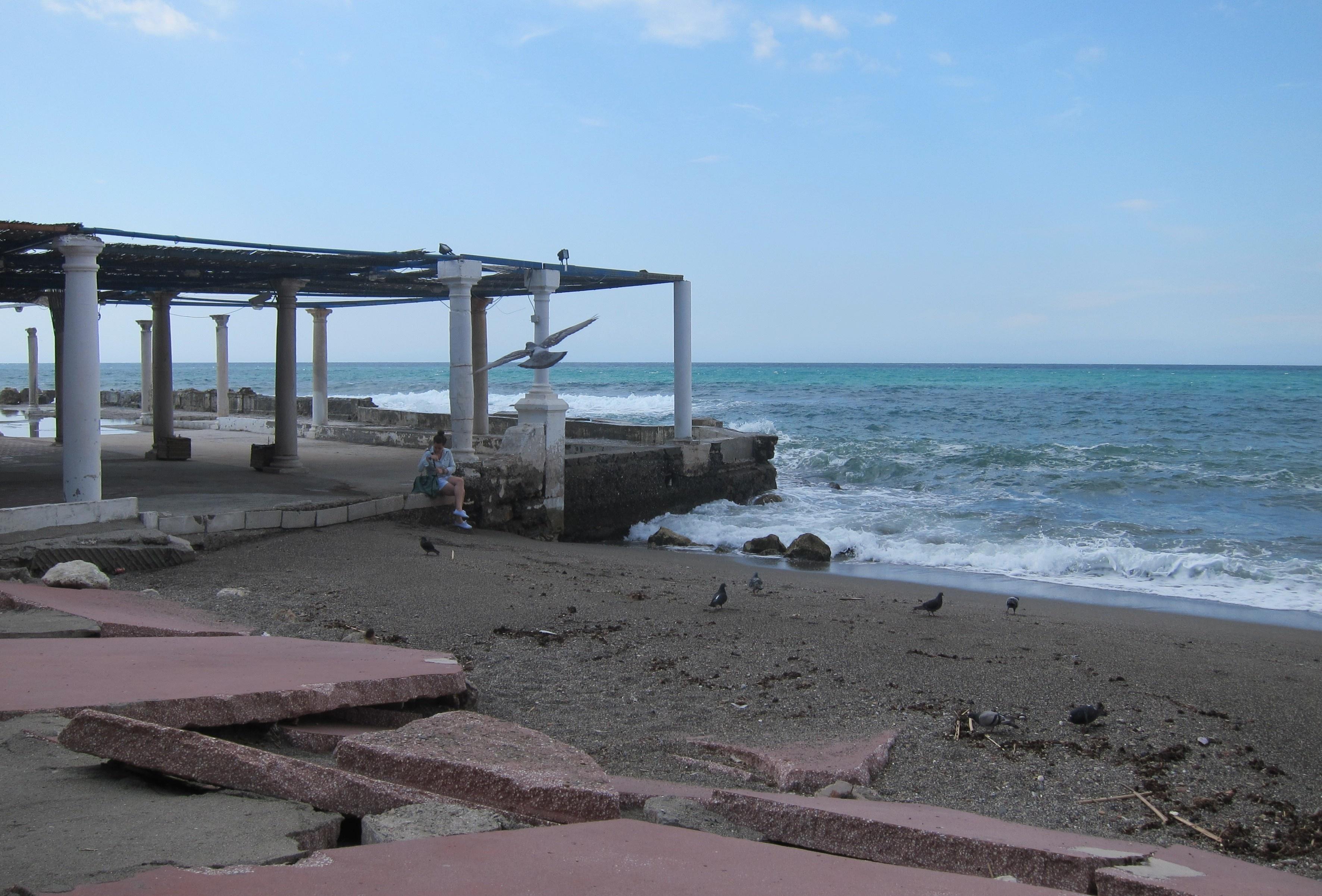De la Torre afirma que la posición sobre el proyecto de los Baños del Carmen «no tiene que ser rígida»