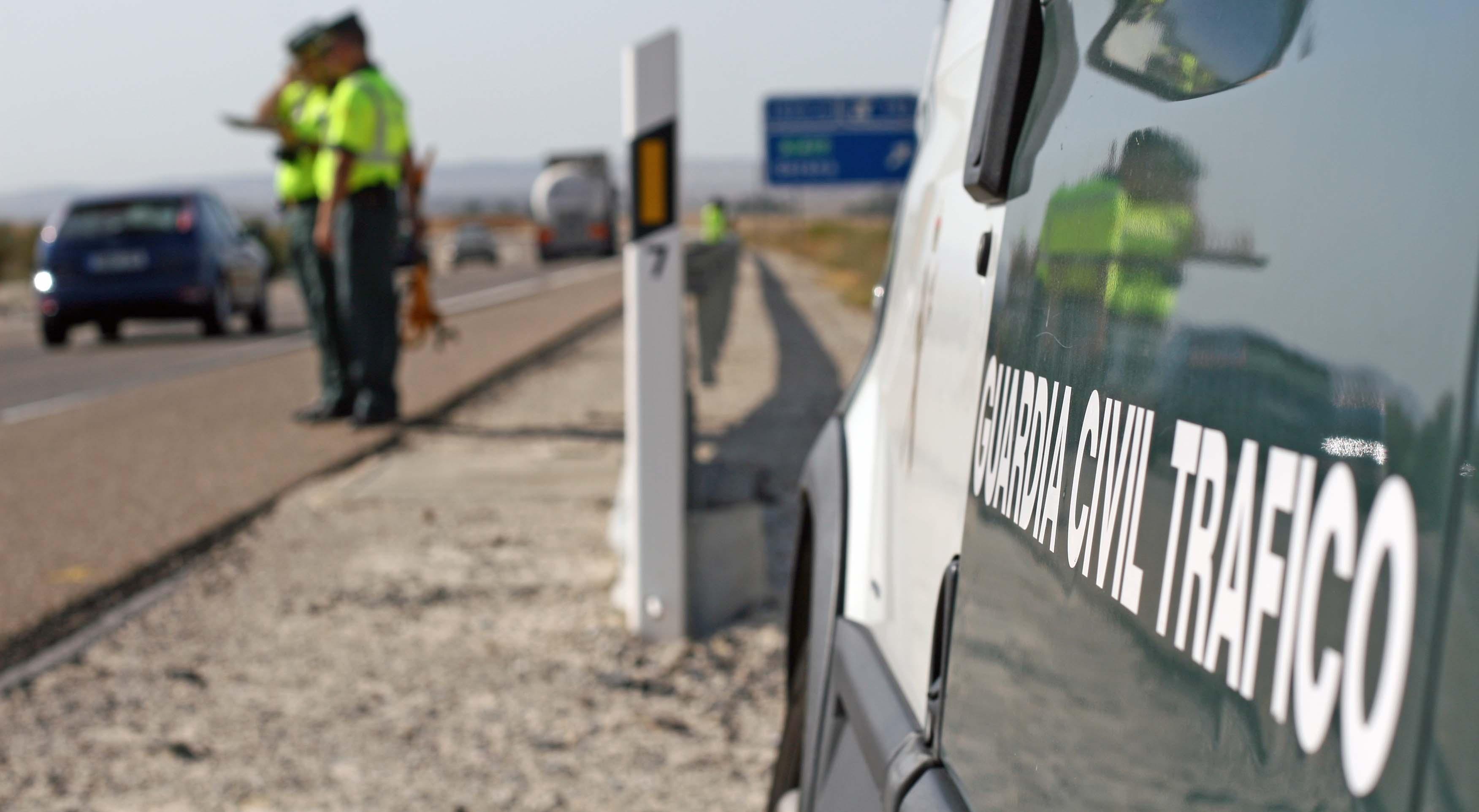 Tráfico baraja doblar la multa por superar tasa de alcohol o drogas