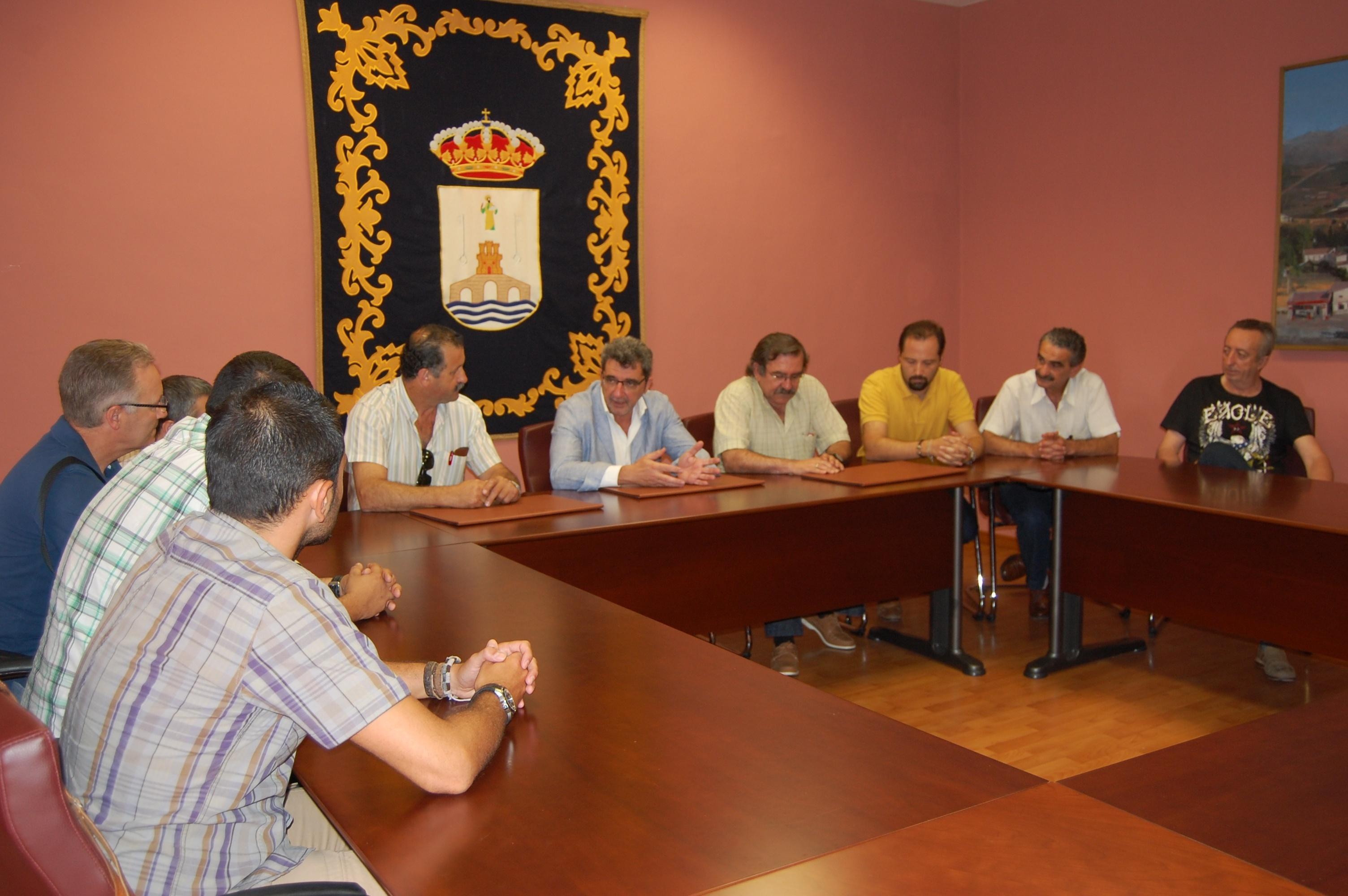 Ayuntamiento de Alcalá de Guadaíra realiza una declaración de apoyo a los trabajadores de Cementos Portland