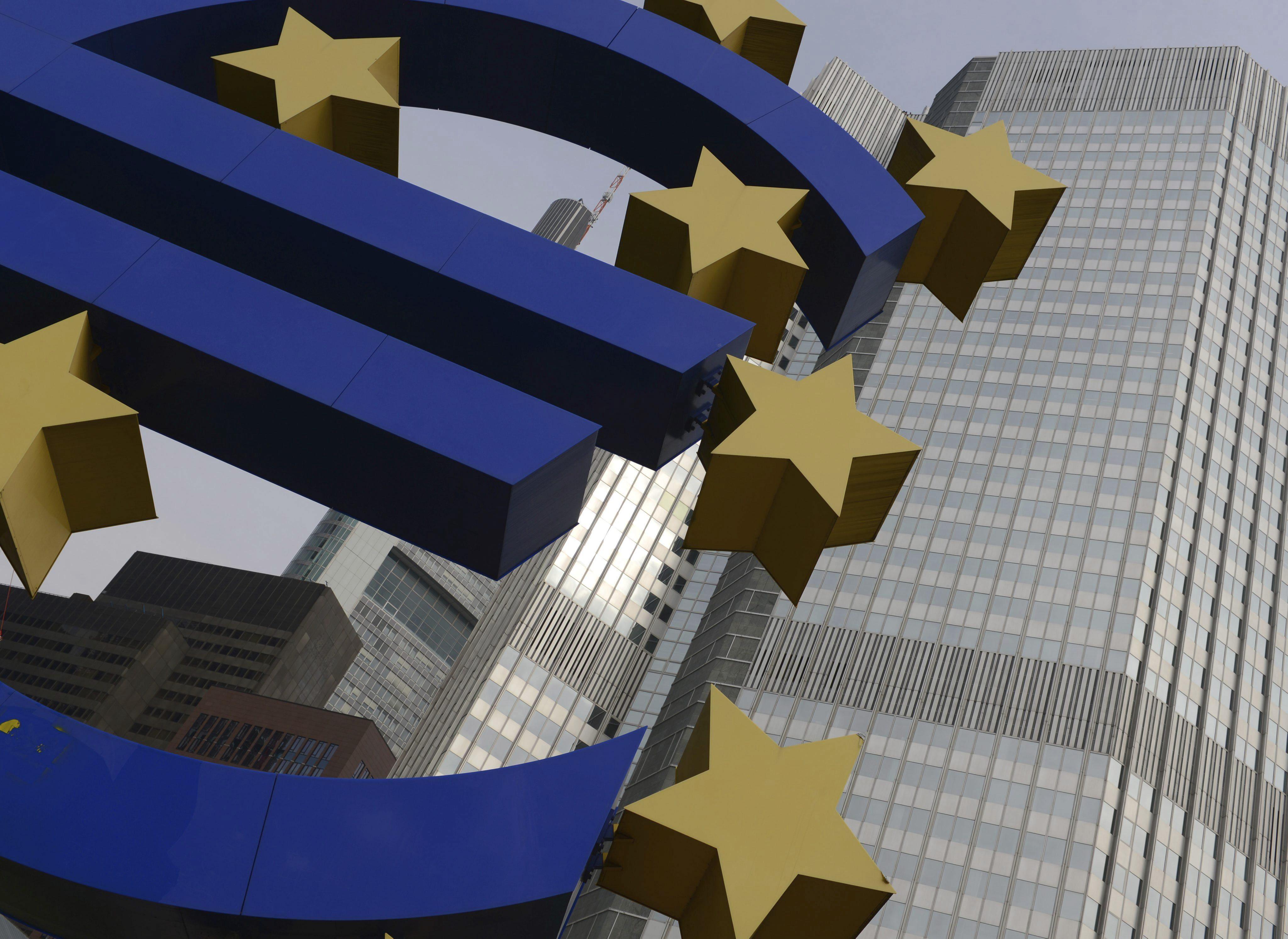 El BCE aceptará bonos de titulización de deuda con calificación de «A» simple