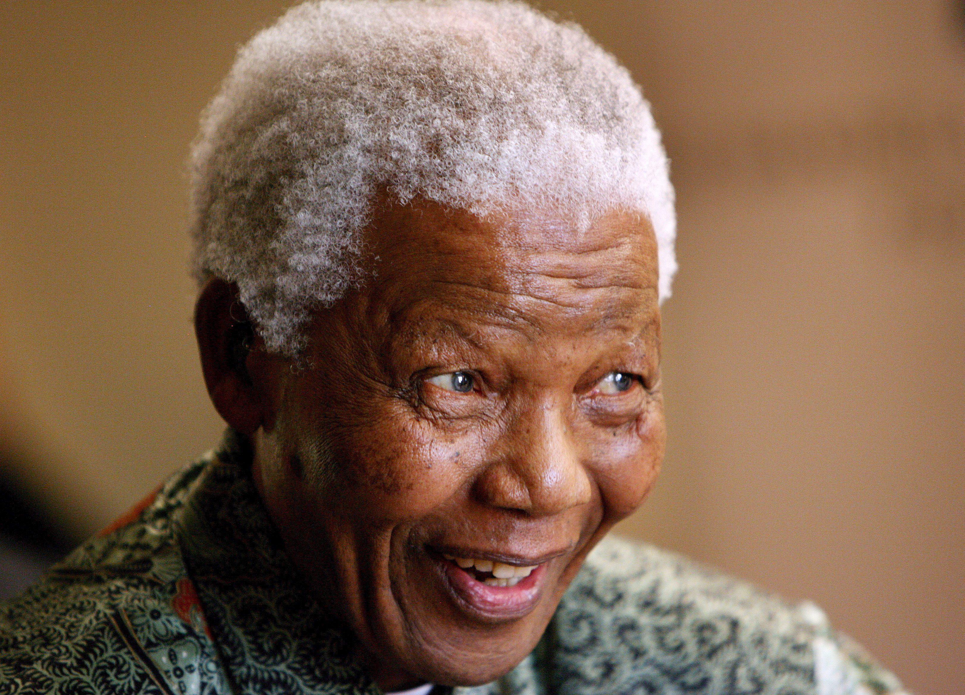 Los Reyes trasladan su «afectuosa felicitación» a Nelson Mandela