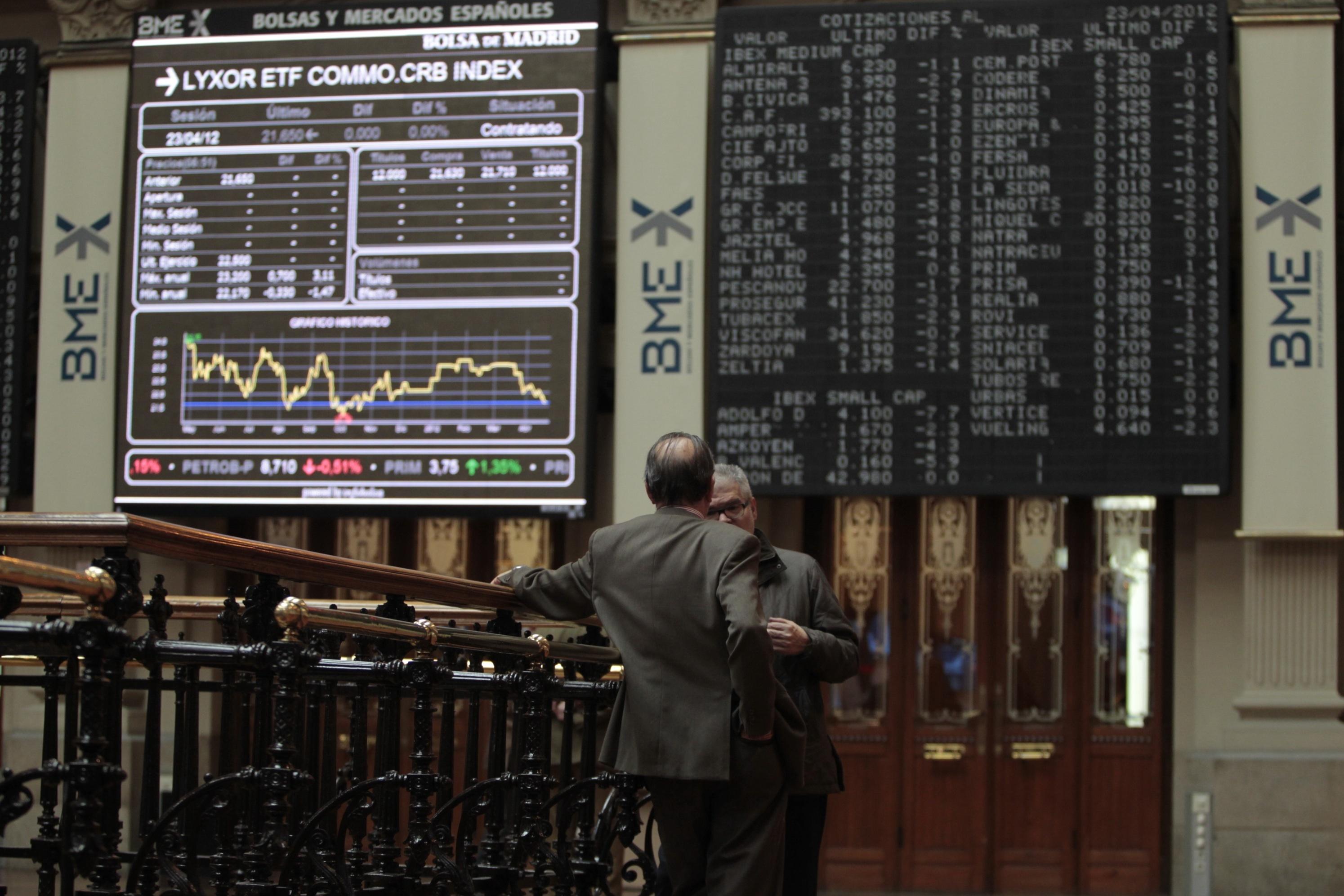 El Ibex se impulsa un 1,85% y se instala en los 7.900 puntos tras los buenos datos del paro en EE.UU.