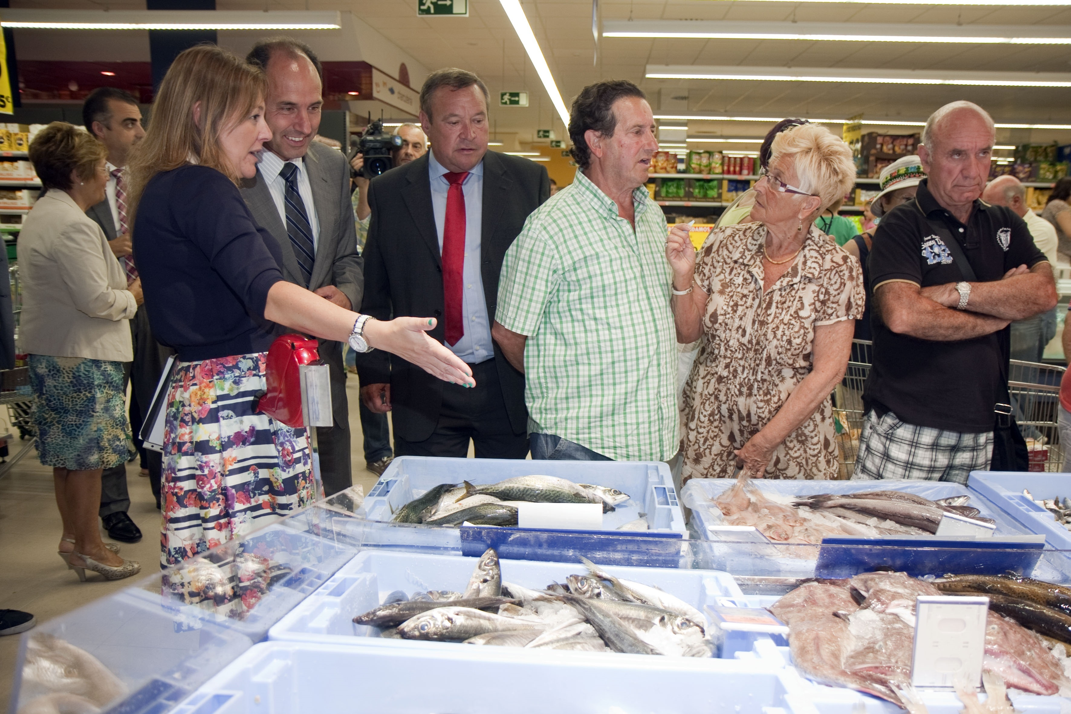 Inaugurado el primer supermercado de Mercadona en la villa, que da trabajo a 43 personas