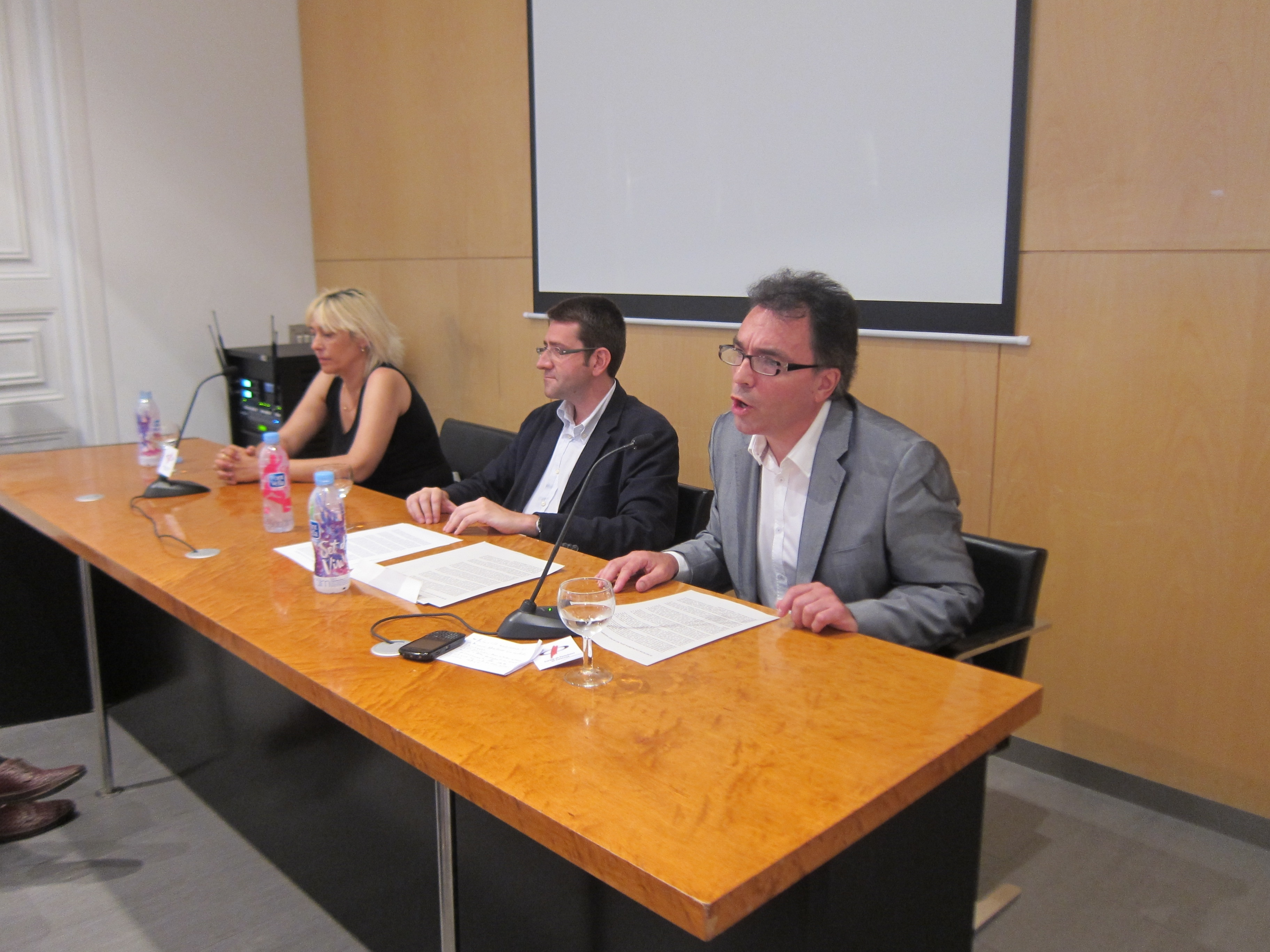 JJ.Organizaciones independentistas lanzan una campaña contra la candidatura de Madrid