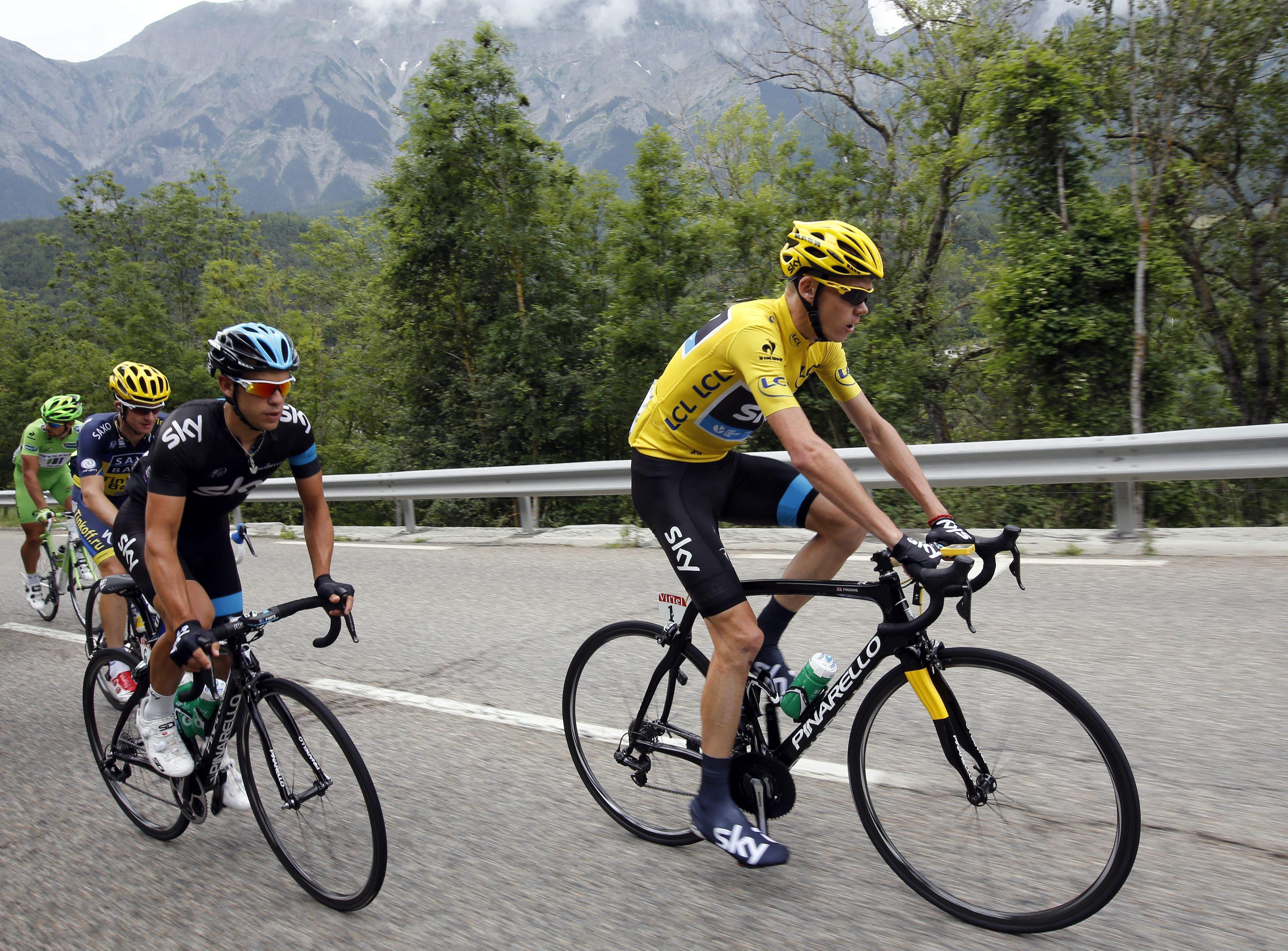Quintana asciende al tercer puesto de la general del Tour