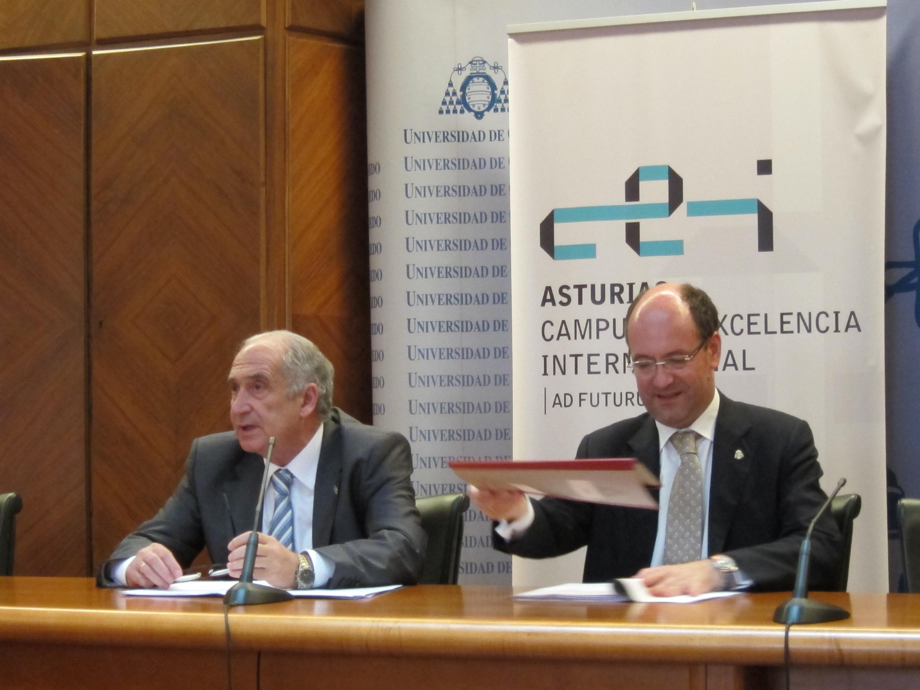 La Universidad de Oviedo recortará las becas en más de un 20% para el próximo curso