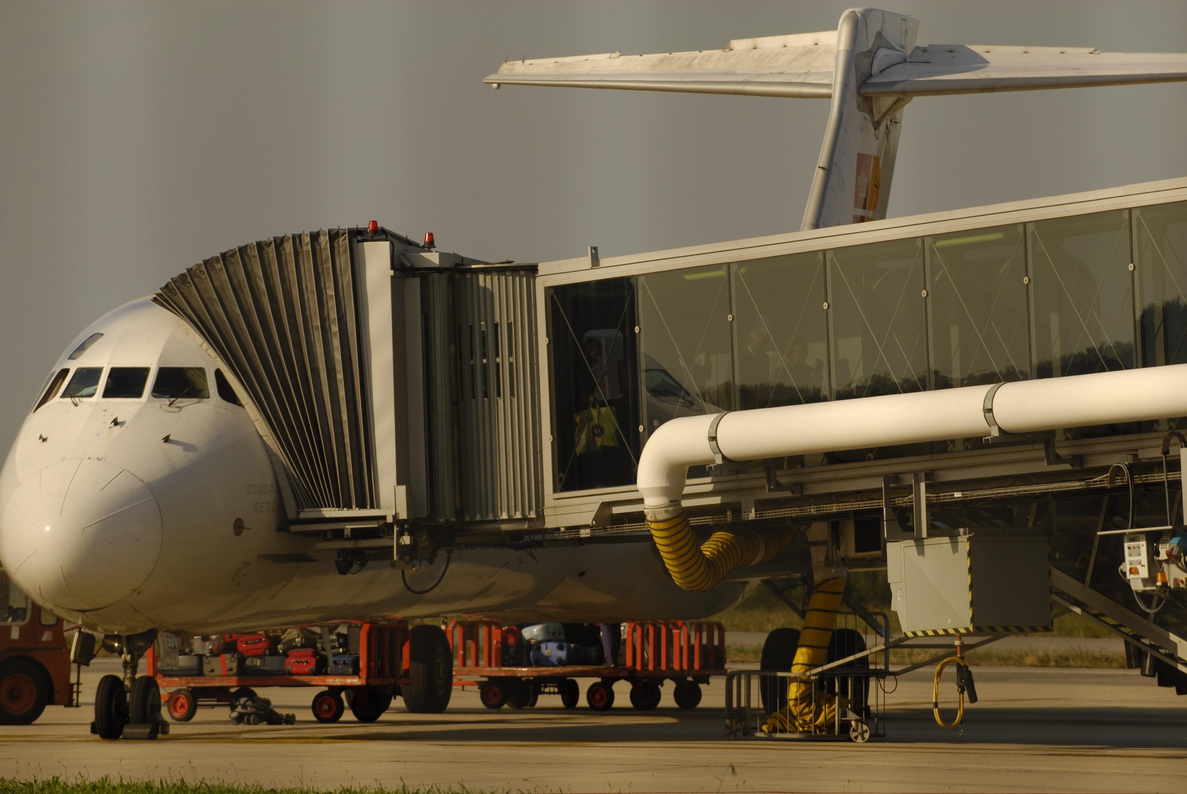 Air Nostrum inaugura su ruta Asturias-Gran Canaria