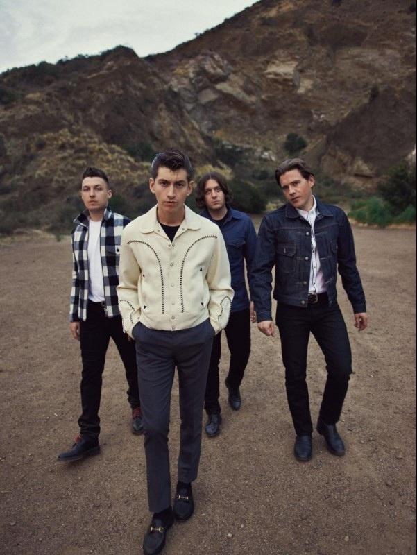 Arctic Monkeys publican »2013», su nueva canción