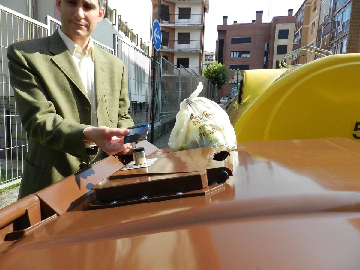 Ayuntamiento de Basauri implantará el quinto contenedor para la recogida de materia orgánica a partir de noviembre