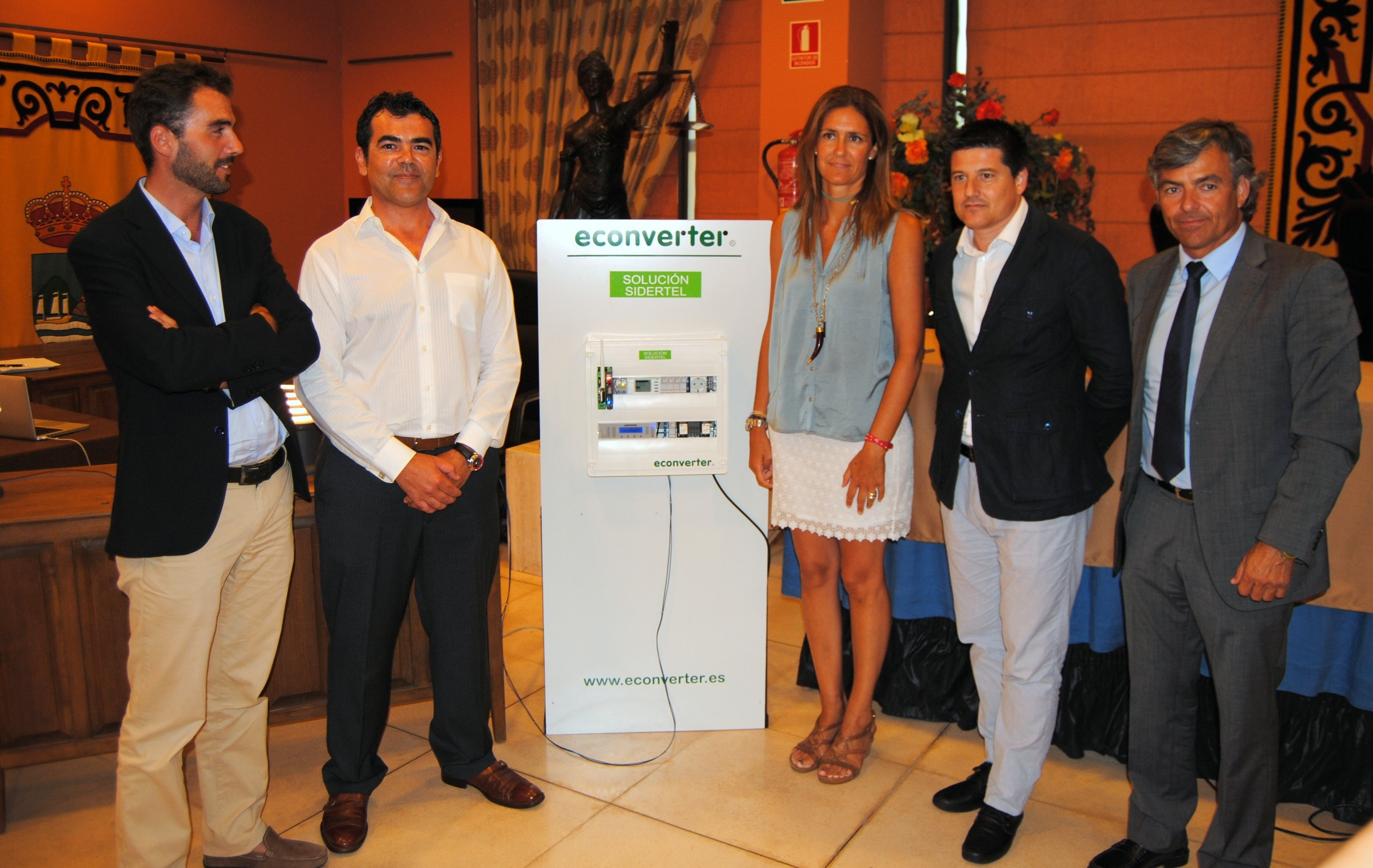 El Ayuntamiento de Estepona pondrá en marcha un dispositivo para evitar el robo de cable en el alumbrado público