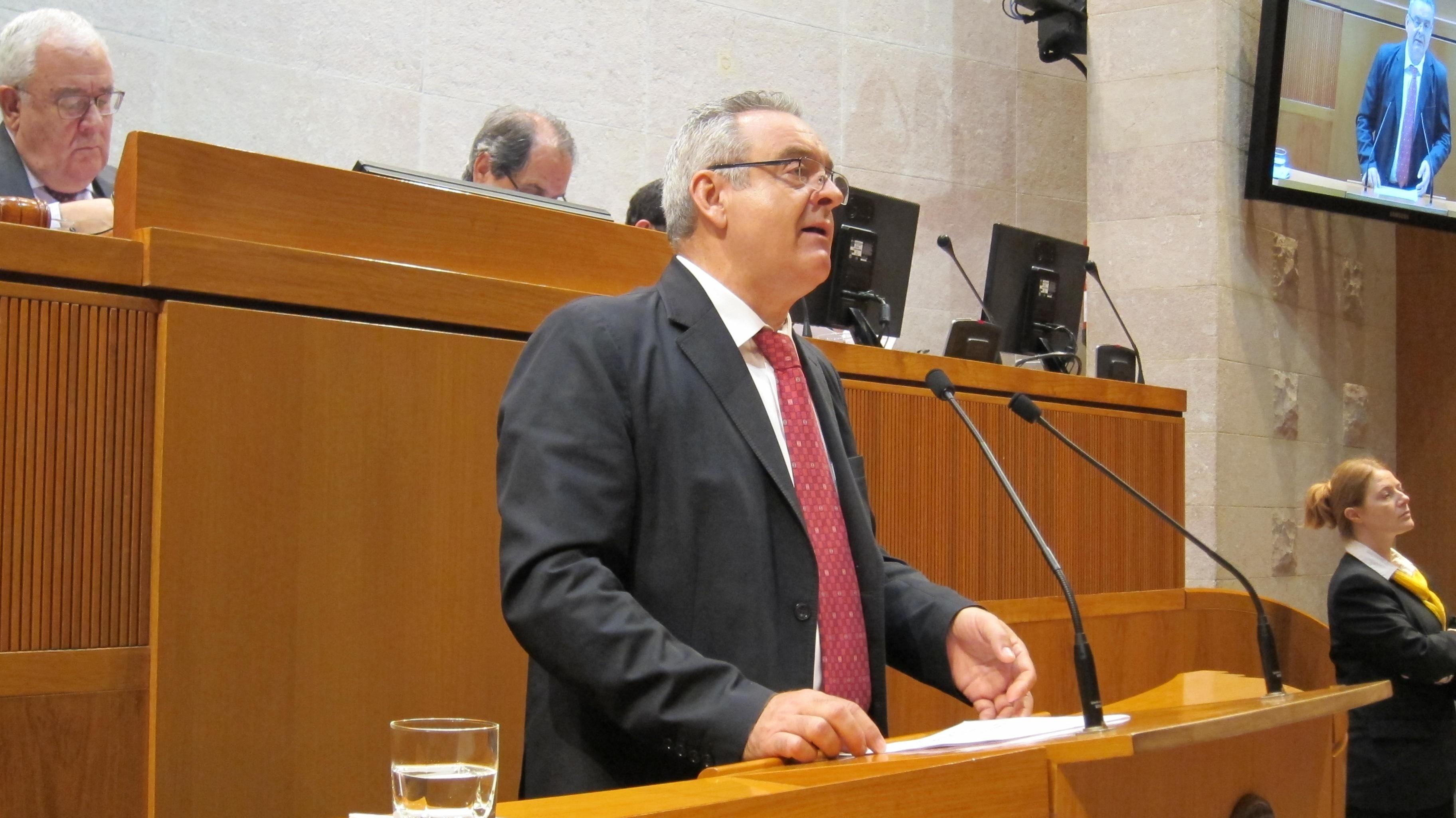 Boné (PAR) afirma que las prioridades deben ser «el empleo y las políticas sociales»