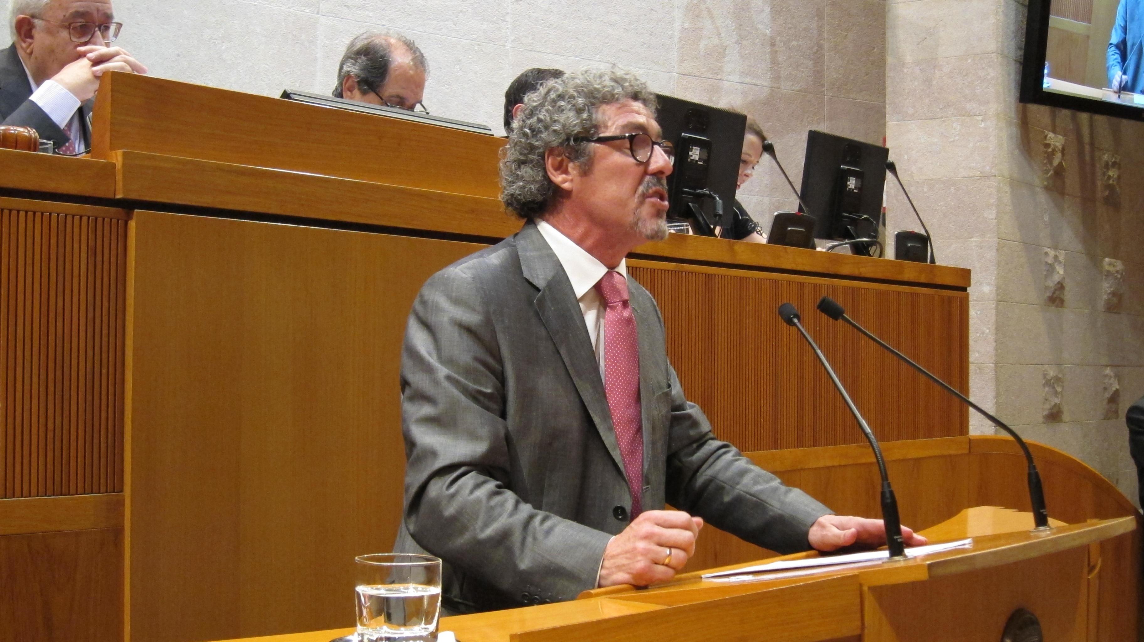 Briz (CHA) apuesta por la autonomía de Aragón, los servicios sociales y acabar con la corrupción