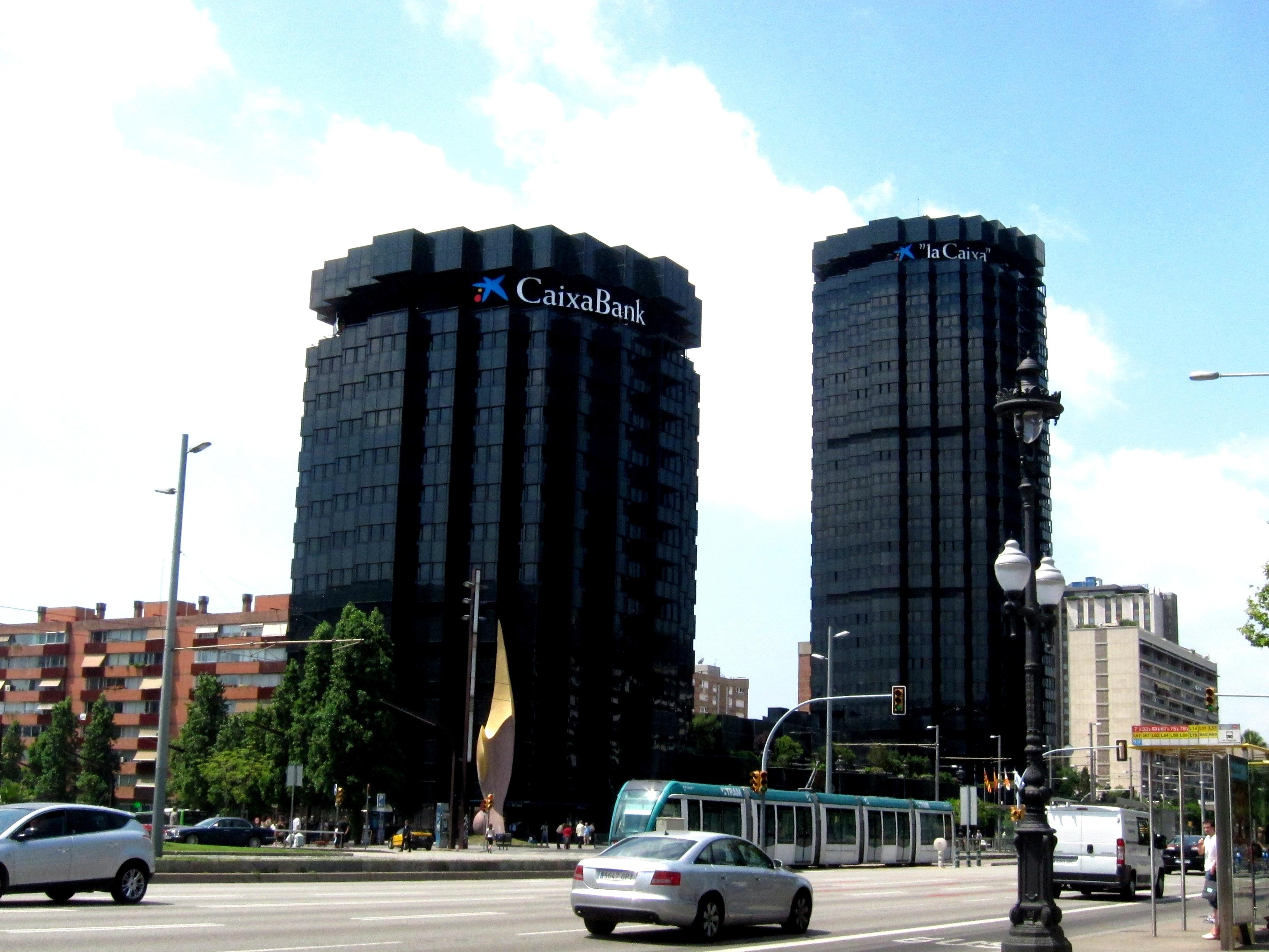 CaixaBank analizará comprar tanto NCG Banco como Catalunya Banc