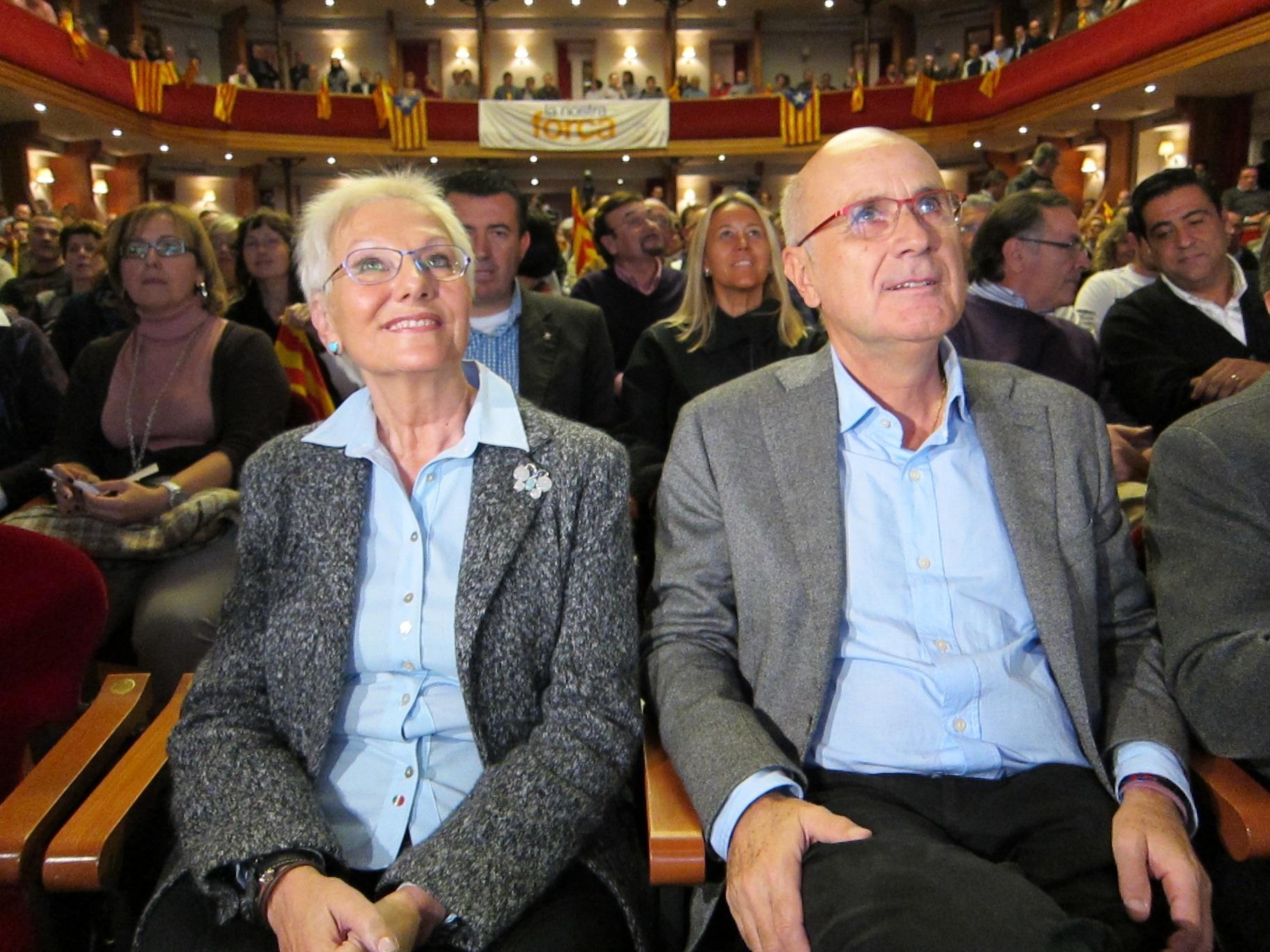 CiU confía en que Sanidad corrija la exclusión de lesbianas y solteras de la reproducción asistida