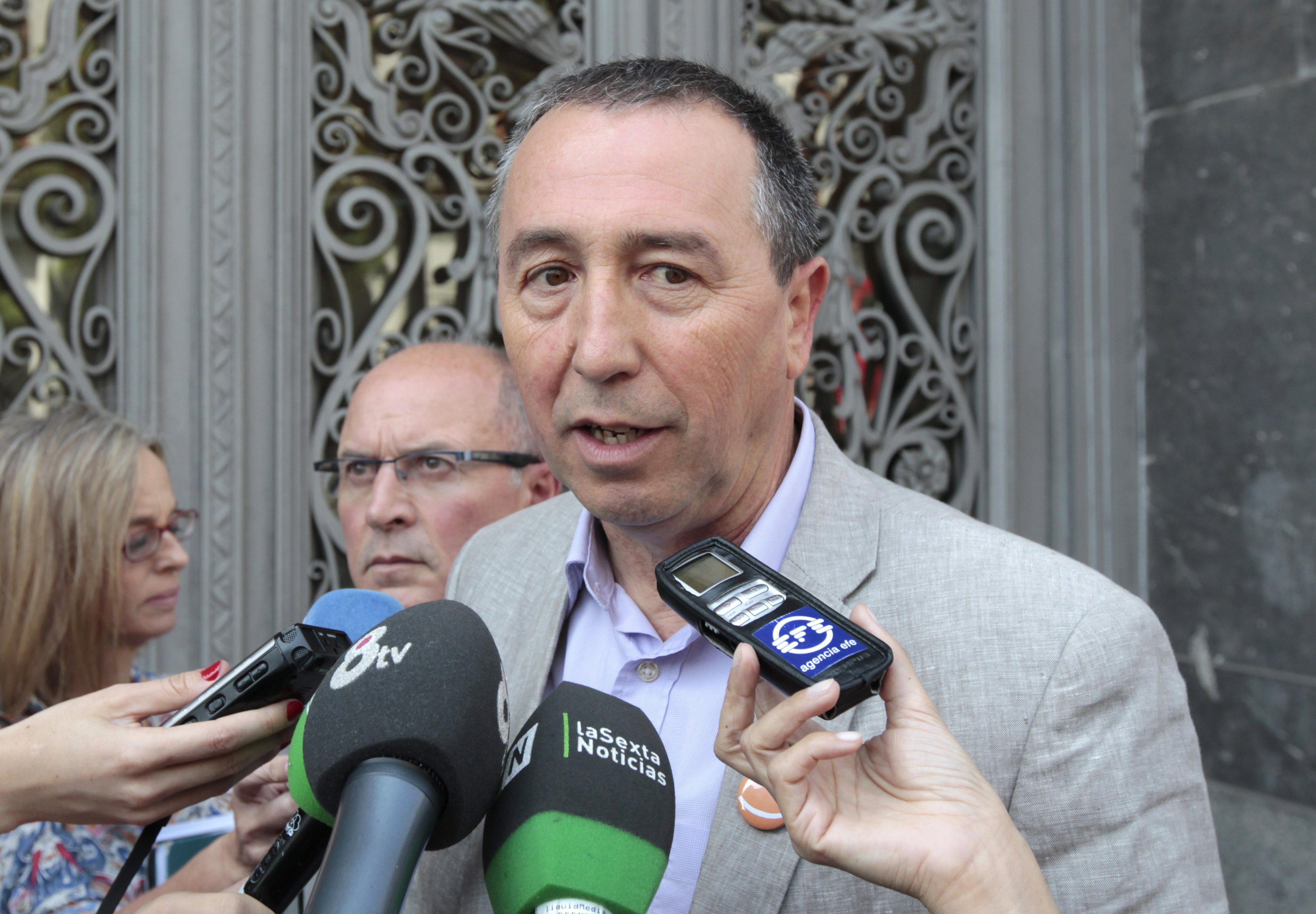 Compromís busca apoyos para la moción de censura con un candidato que no sea diputado