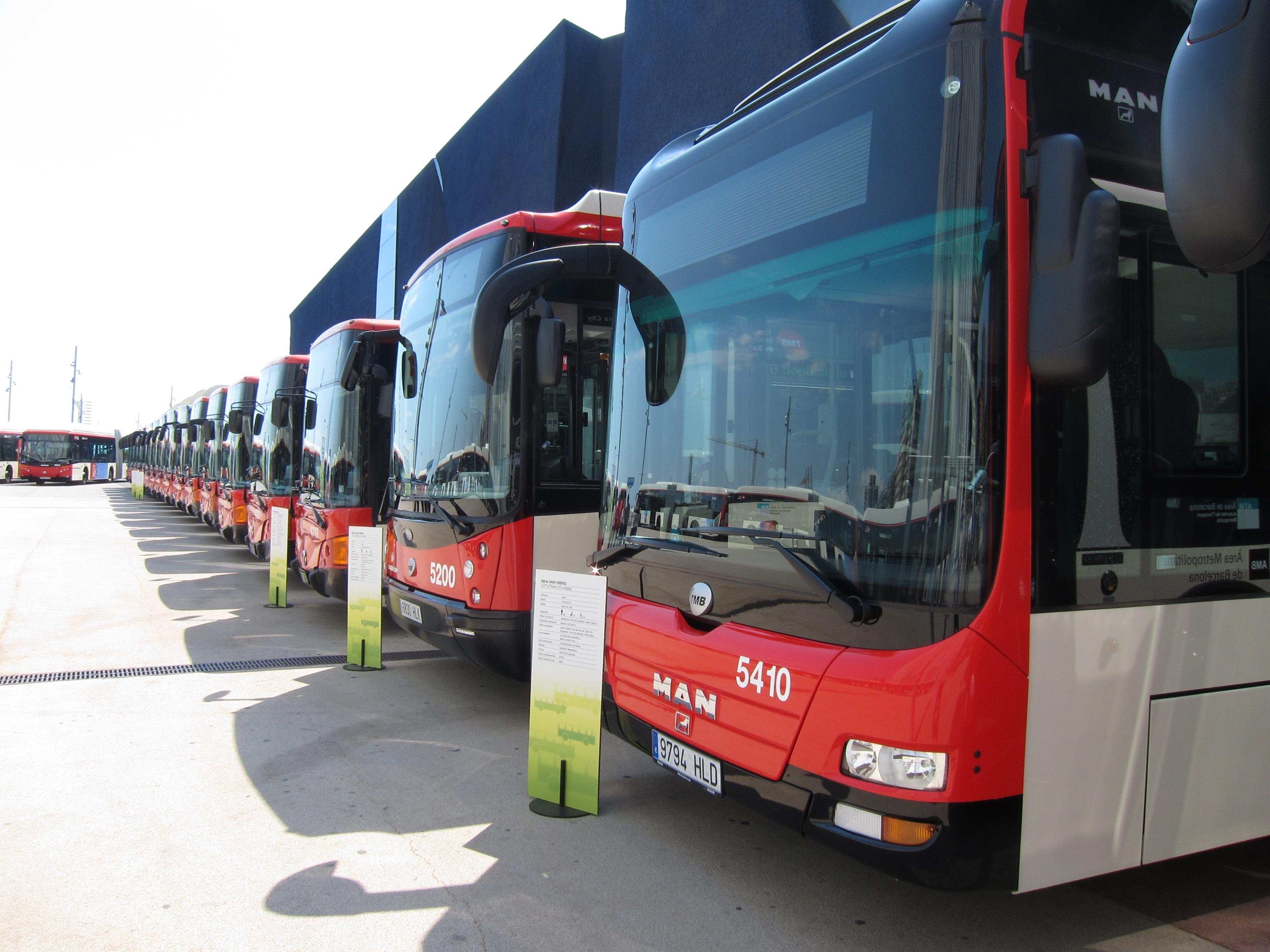Desconvocados los paros del bus de Barcelona fijados para la semana que viene por el comité