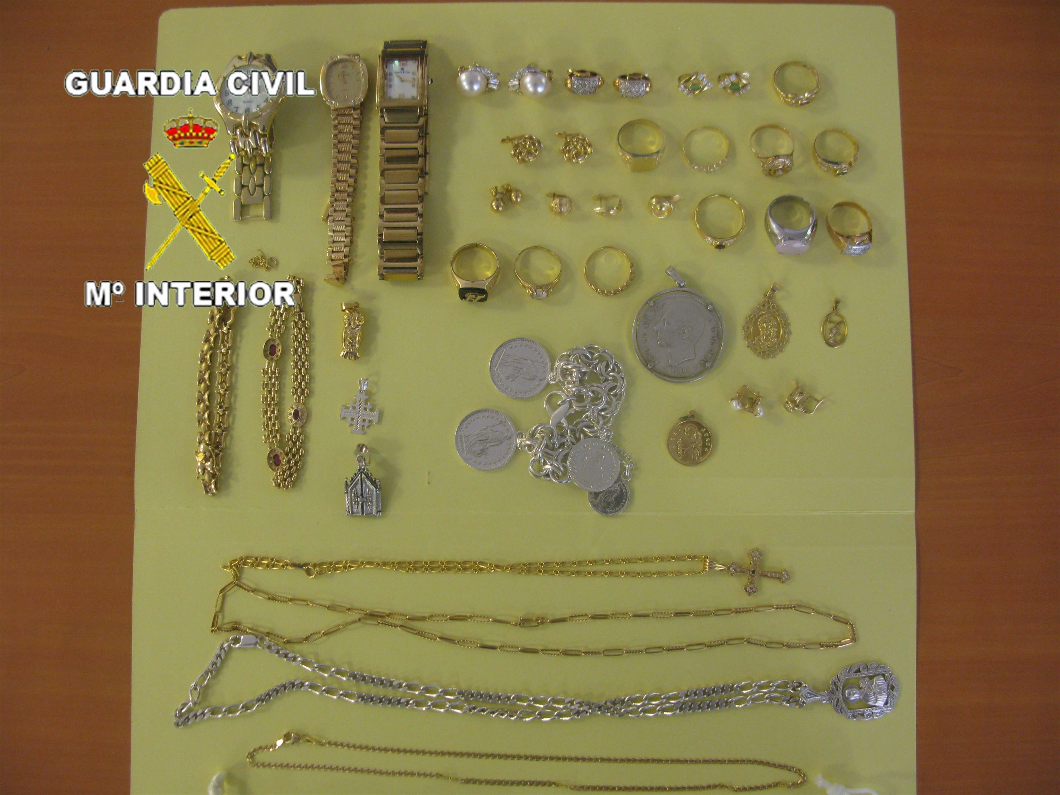 Detenido por el robo de joyas valoradas en 44.5000 euros en una vivienda de Tomelloso (Ciudad Real)